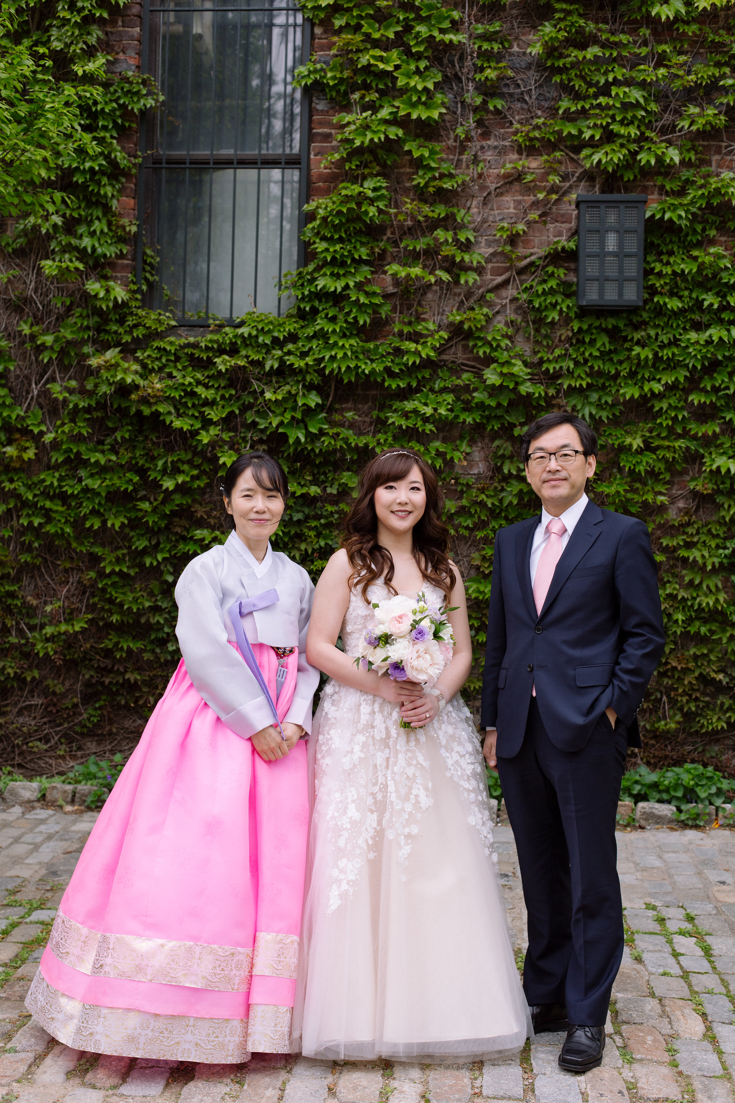 Tall & Small Events NYC, H&B, ModernIndoor Urban Industrial Multicultural Korean Spring Wedding, New York City Real Wedding at The Foundry, LIC NY. Photo: City Love Photography