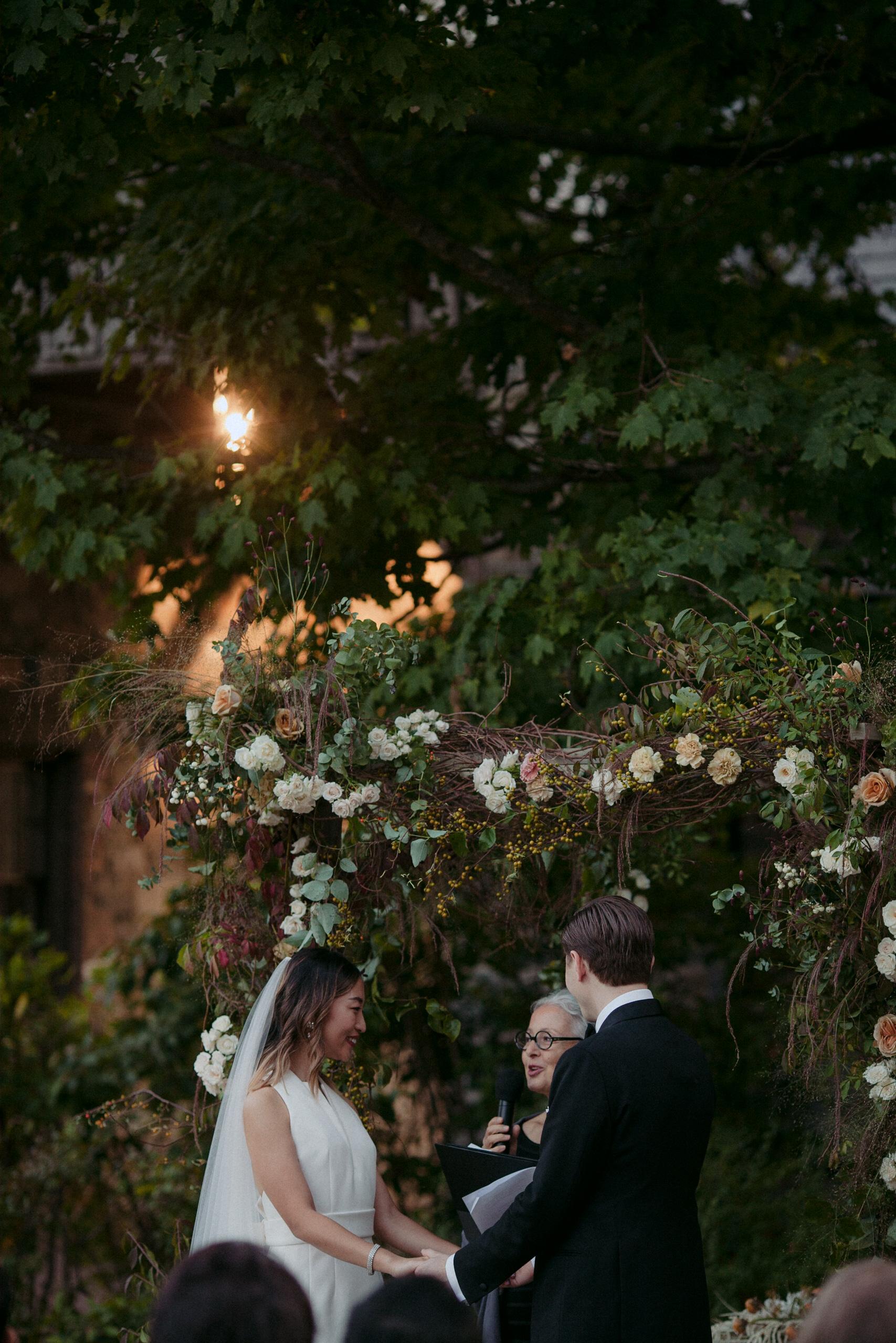Tall & Small Events NYC, S+S, Stylish Modern, Jewish-Korean Interfaith Designer New York Real Wedding at Blue Hill at Stone Barns, Tarrytown, NY. Photo: Les Loups