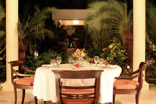 The Bird of Paradise has four dining experiences.  This photo was taken by guest Kate Ervin of K*Leigh*E Photography.