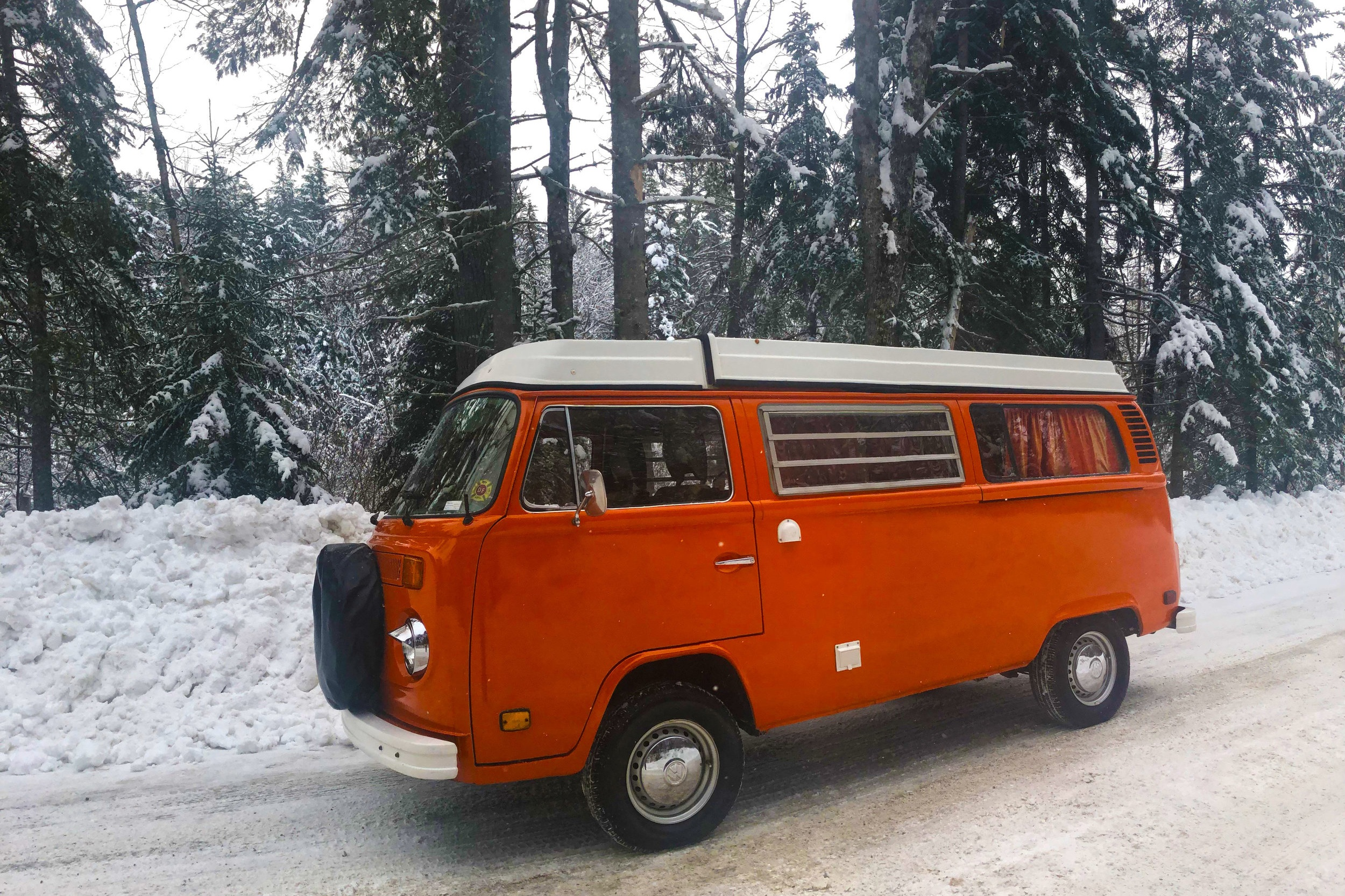 1975 Volkswagen Westfalia - Our latest addition! Your guests will be eager to enjoy this iconic time capsule.