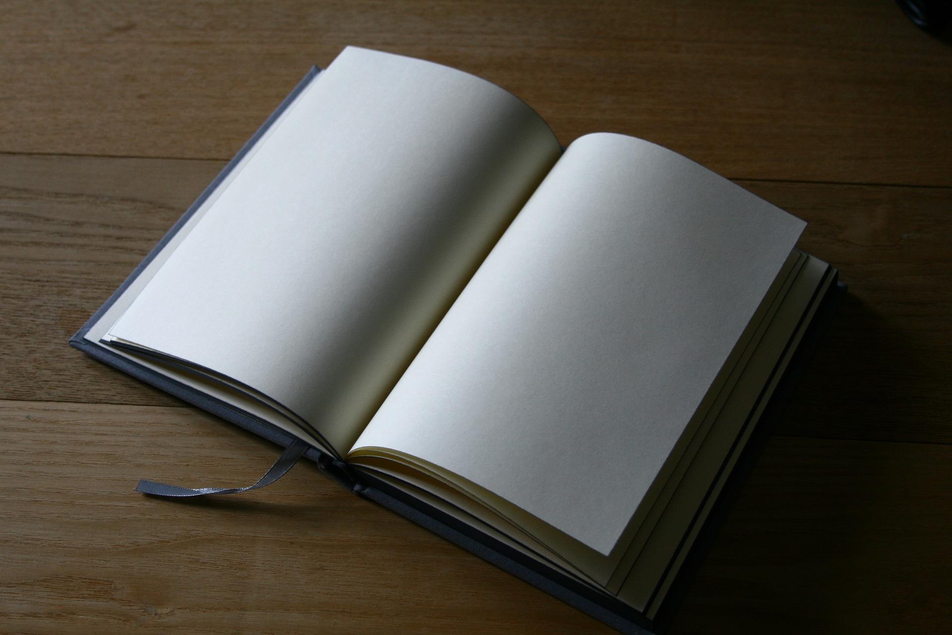 book-1350180_1920.jpg
