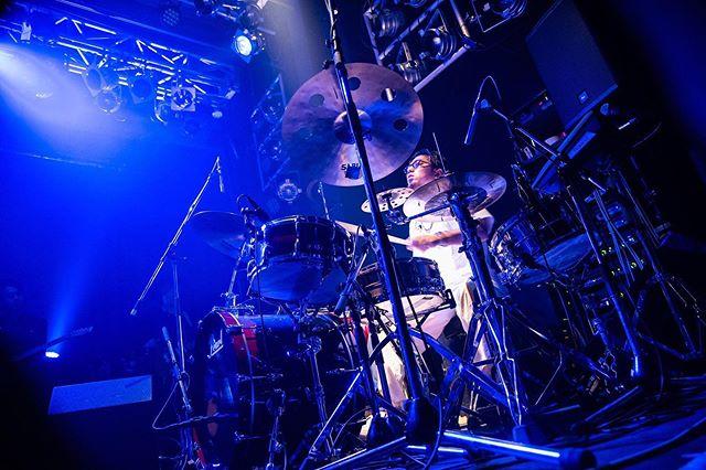 "🌒🌑THE NEXT IS....🌑🌒 Moon Dance TOUR at BEATSTATIONより。 LIVEが始まった瞬間、""Moon Dance""の世界観へ。残す3公演もお見逃しなく。8/24(土)仙台⇨9/19(木)梅田⇨9/20(金)札幌🎫LINK IN BIO  🥁 HIKARU ARATA @hikaru_pxr   #WONK #MoonDance #EPISTROPH  📸 @tak.k"
