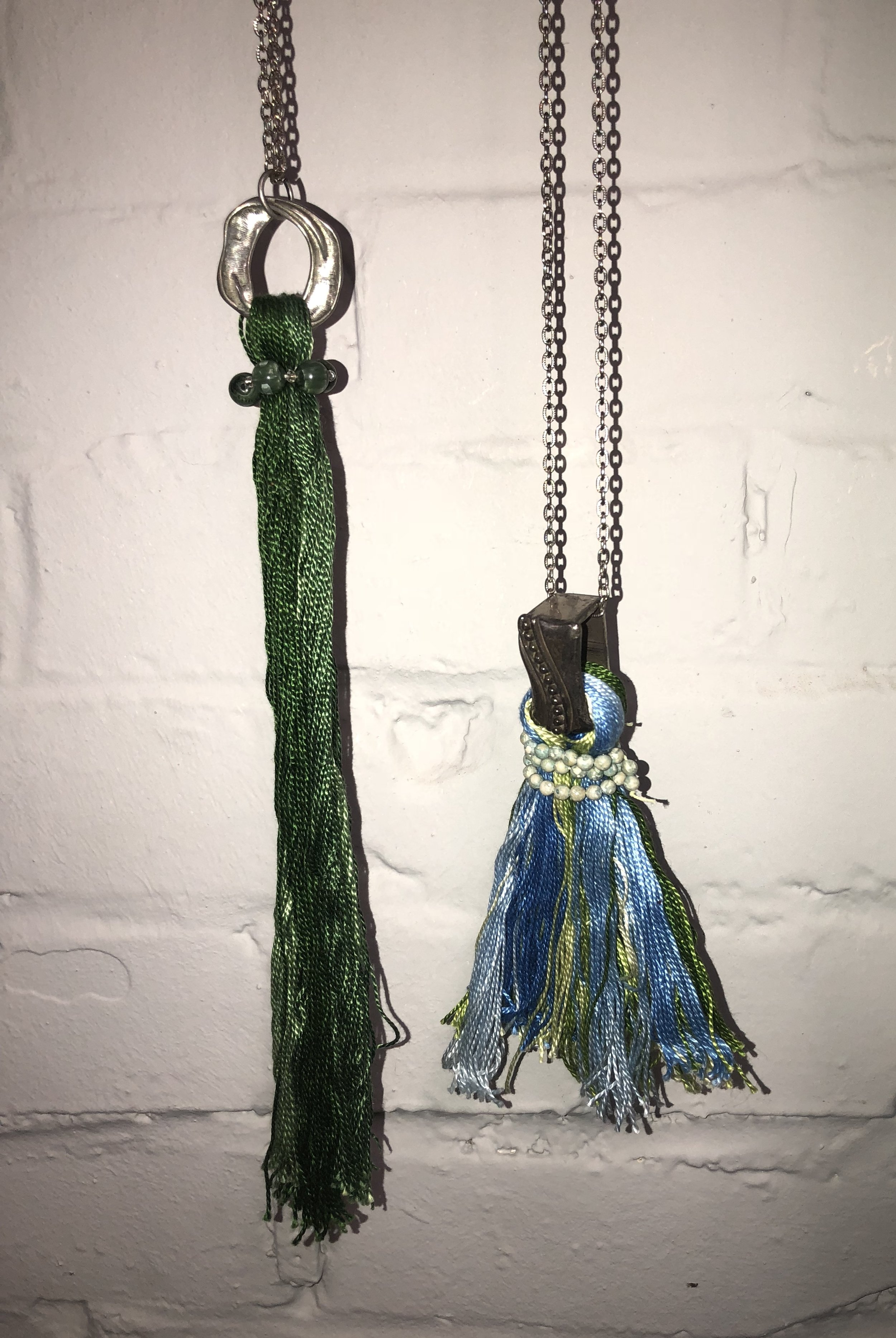 PAM DOMAN FLOWERS - TASSLE JEWELRY AND PURSES