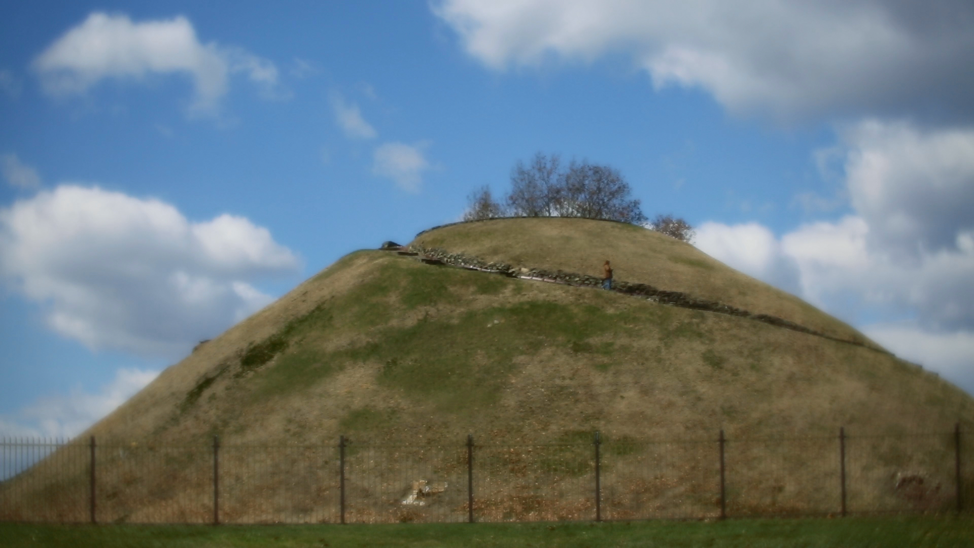 Mound_Still.png