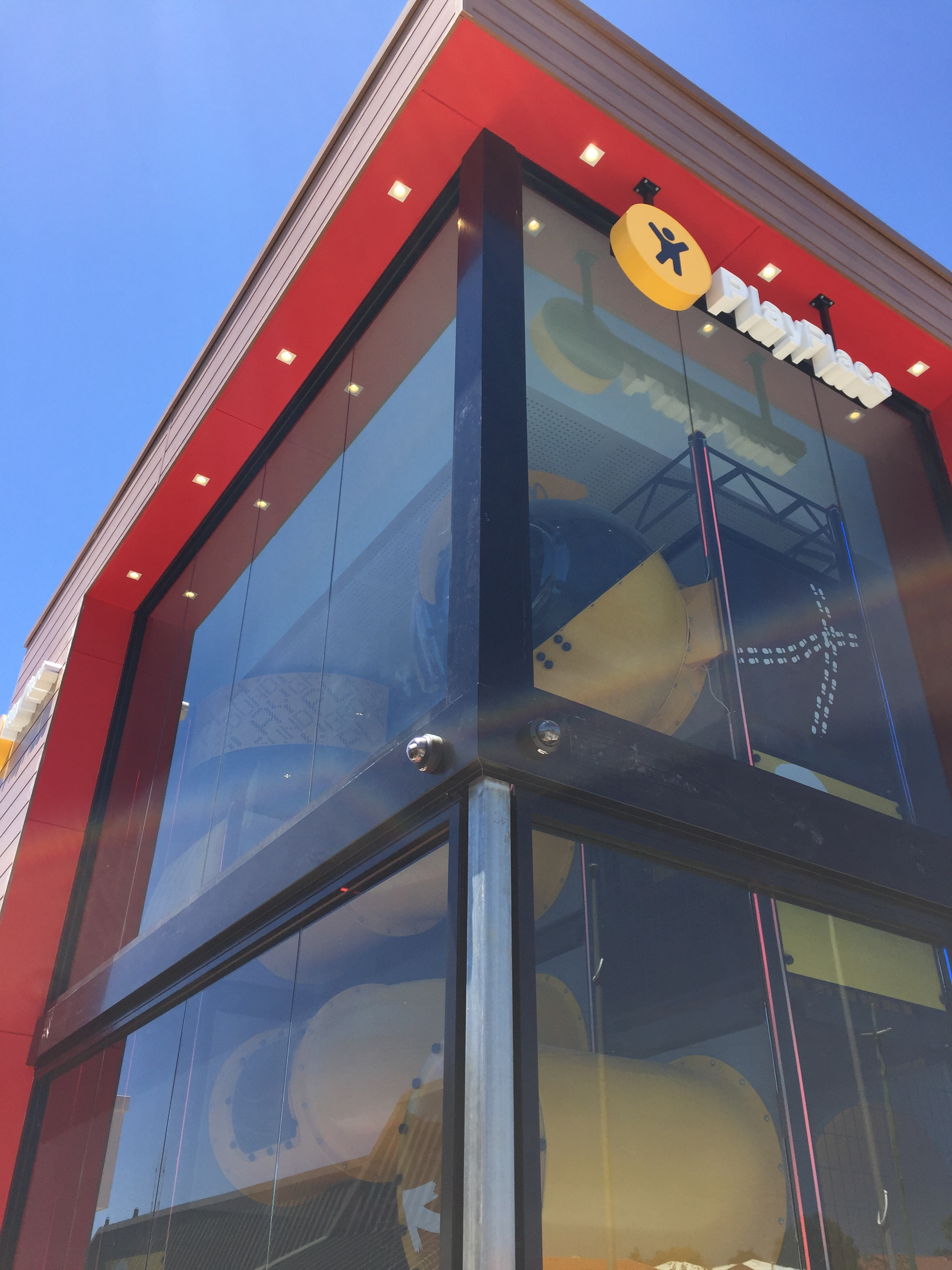McDonalds Jolimont - Play Pen.JPG