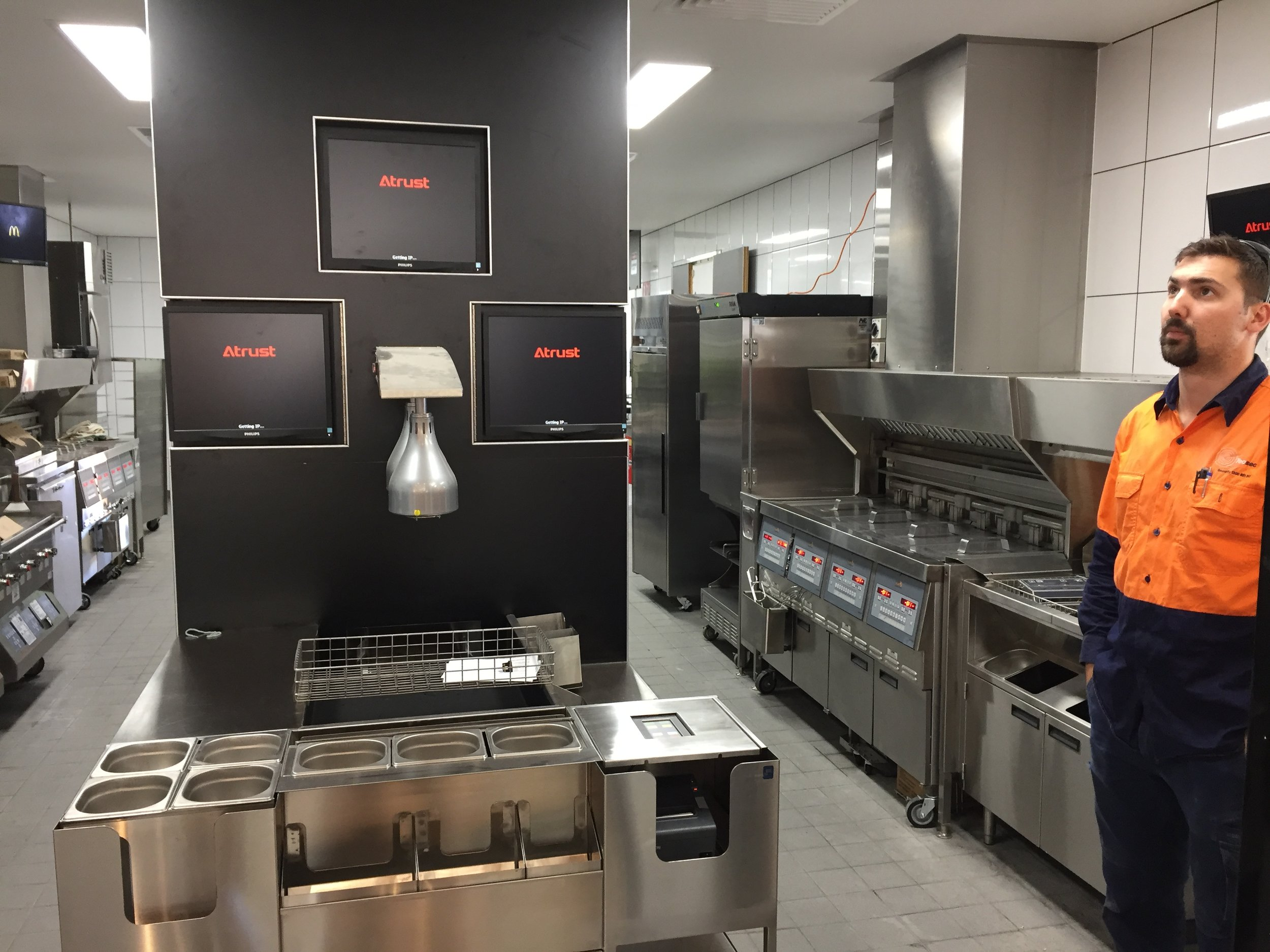 McDonalds Jolimont - Order Screens.JPG