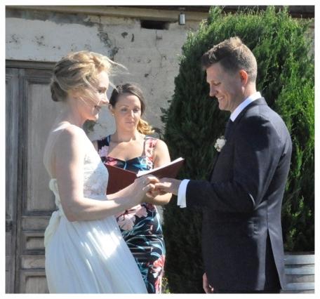 wedding-celebrant-melbourne.jpeg