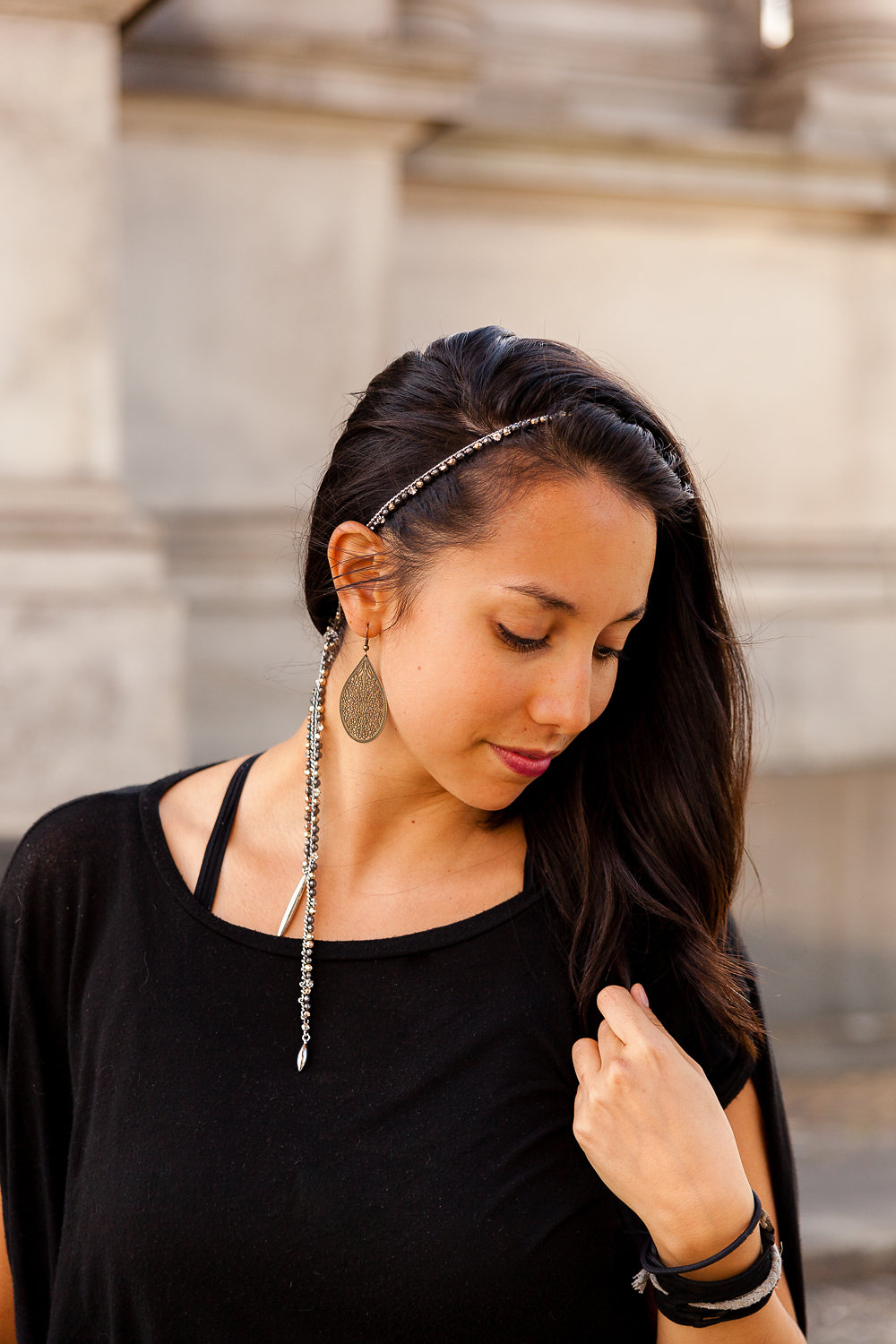 The headband - Tie the necklace around your hair to sweep it away from yourface. Then place a knot in the back to keep things in place. Let the rest of the strand hang for a feminine appeal.(modeled by my lovely photographer, Kaiya www.katieyuen.me)