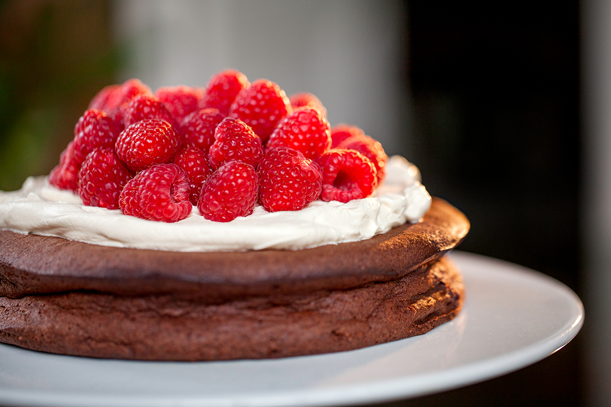 keto chocolate mousse cake.jpg