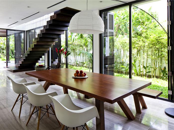 open-plan-living-area-floor-to-ceiling-panorama-doors.jpg
