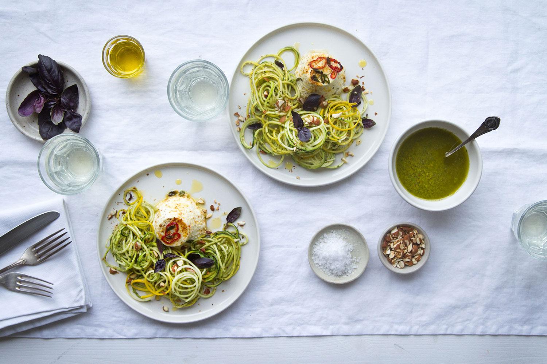 03_NOMNOM_Zucchini_Spaghetti.jpg