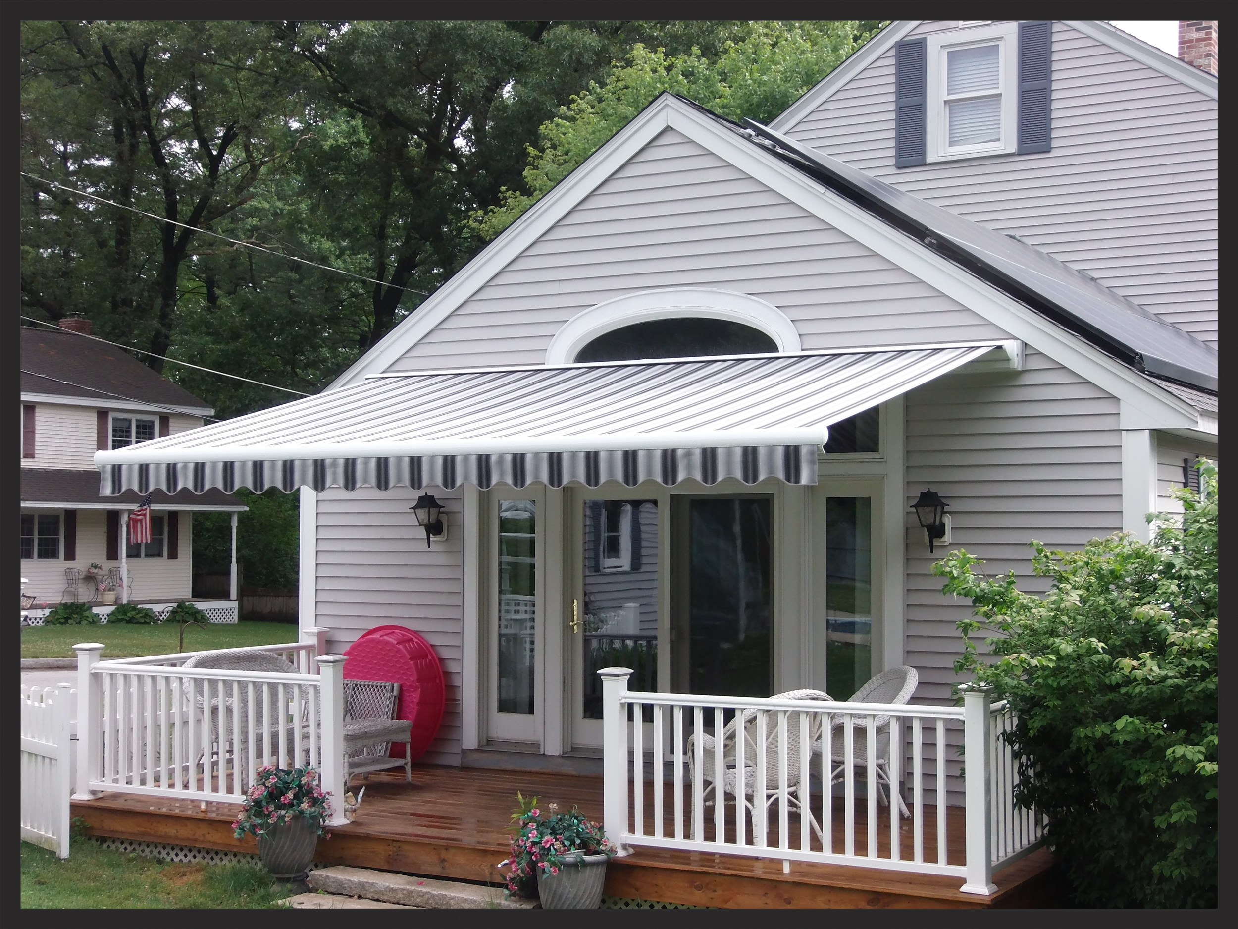 Retractable awning , Chelmsford, MA