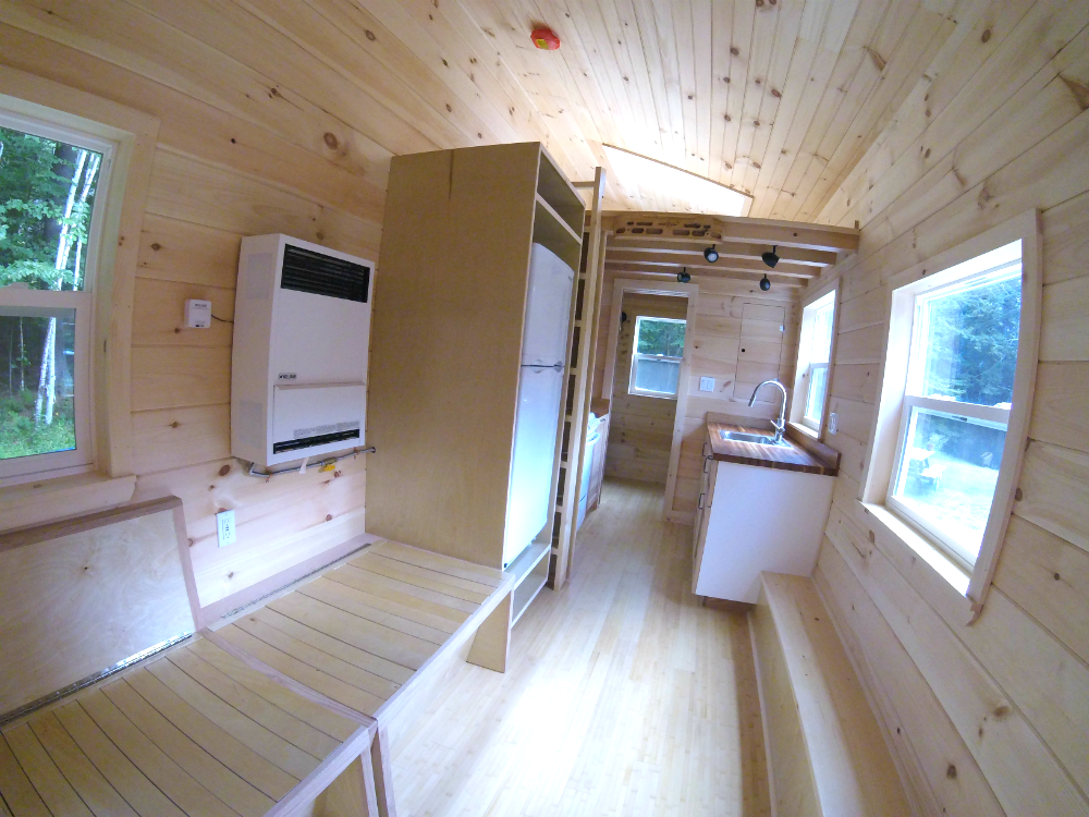 innes_tinyhouse_interior.png