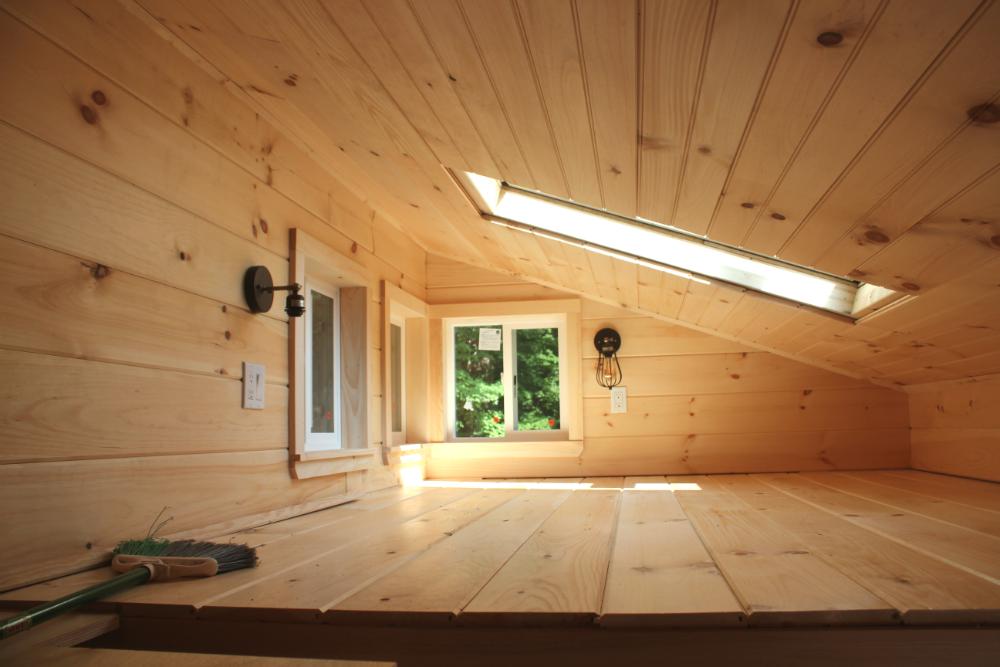 tinyhouse_loft.png