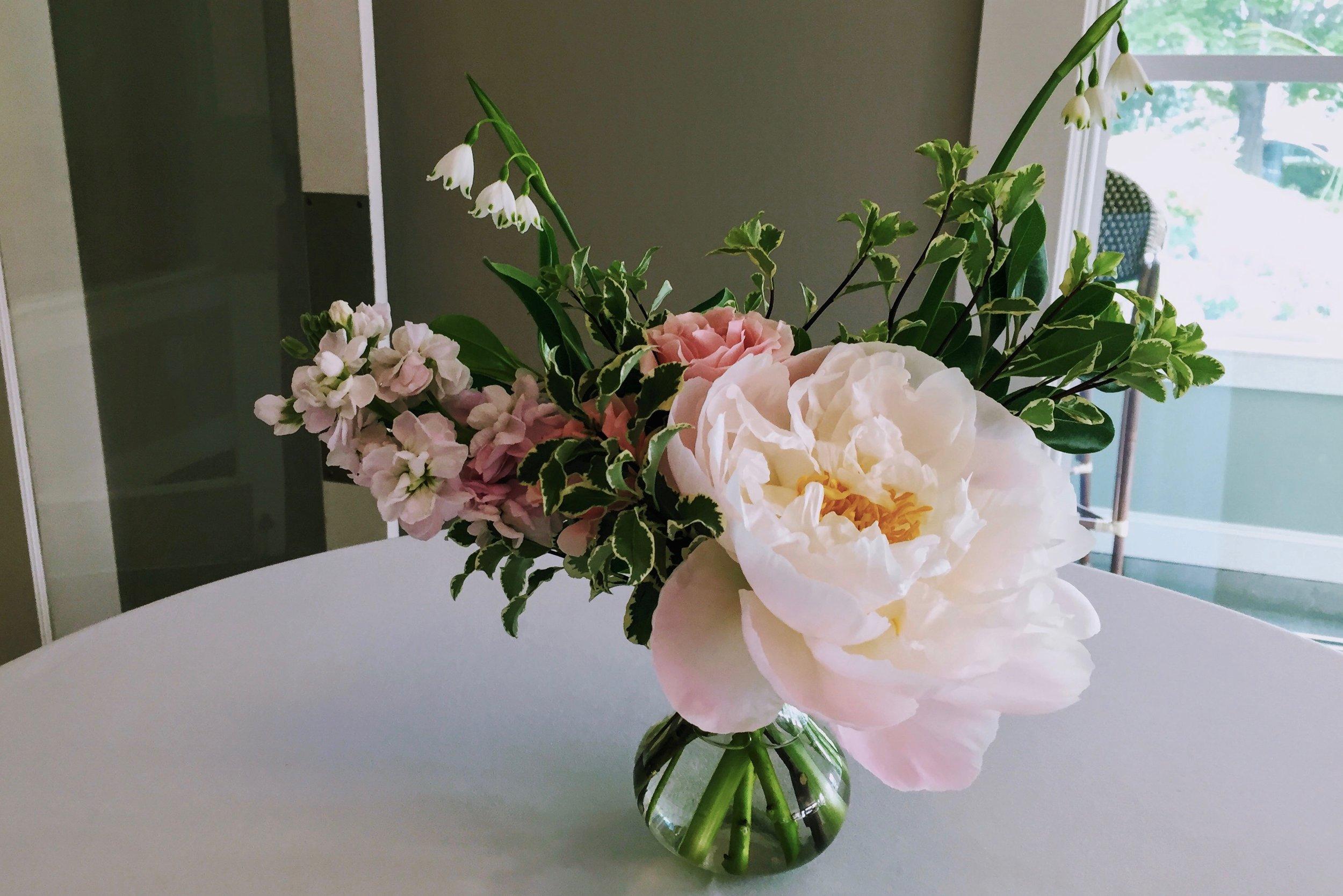 Watershed Floral Memorial Day Weekend Maine Wedding.jpg