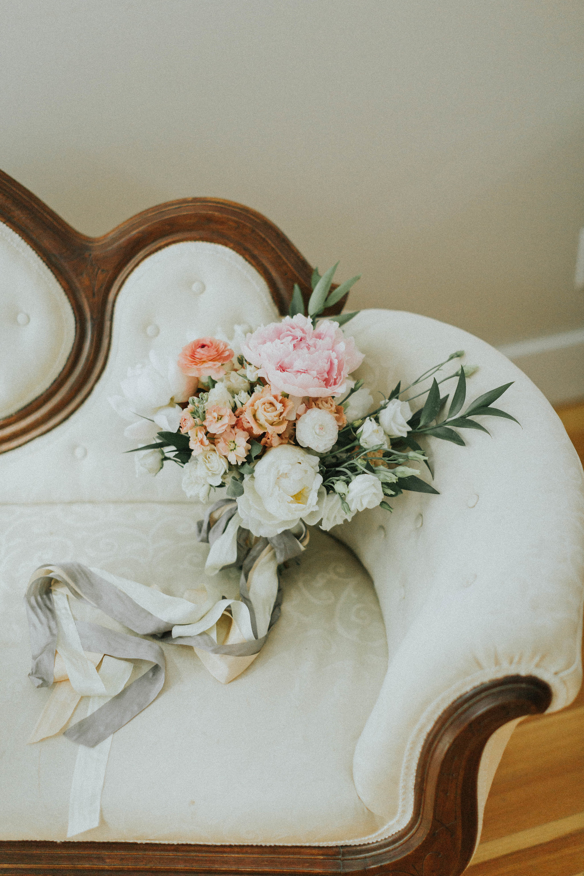Melissa_Jason_Nonantum_Wedding_Getting_Ready-081.jpg