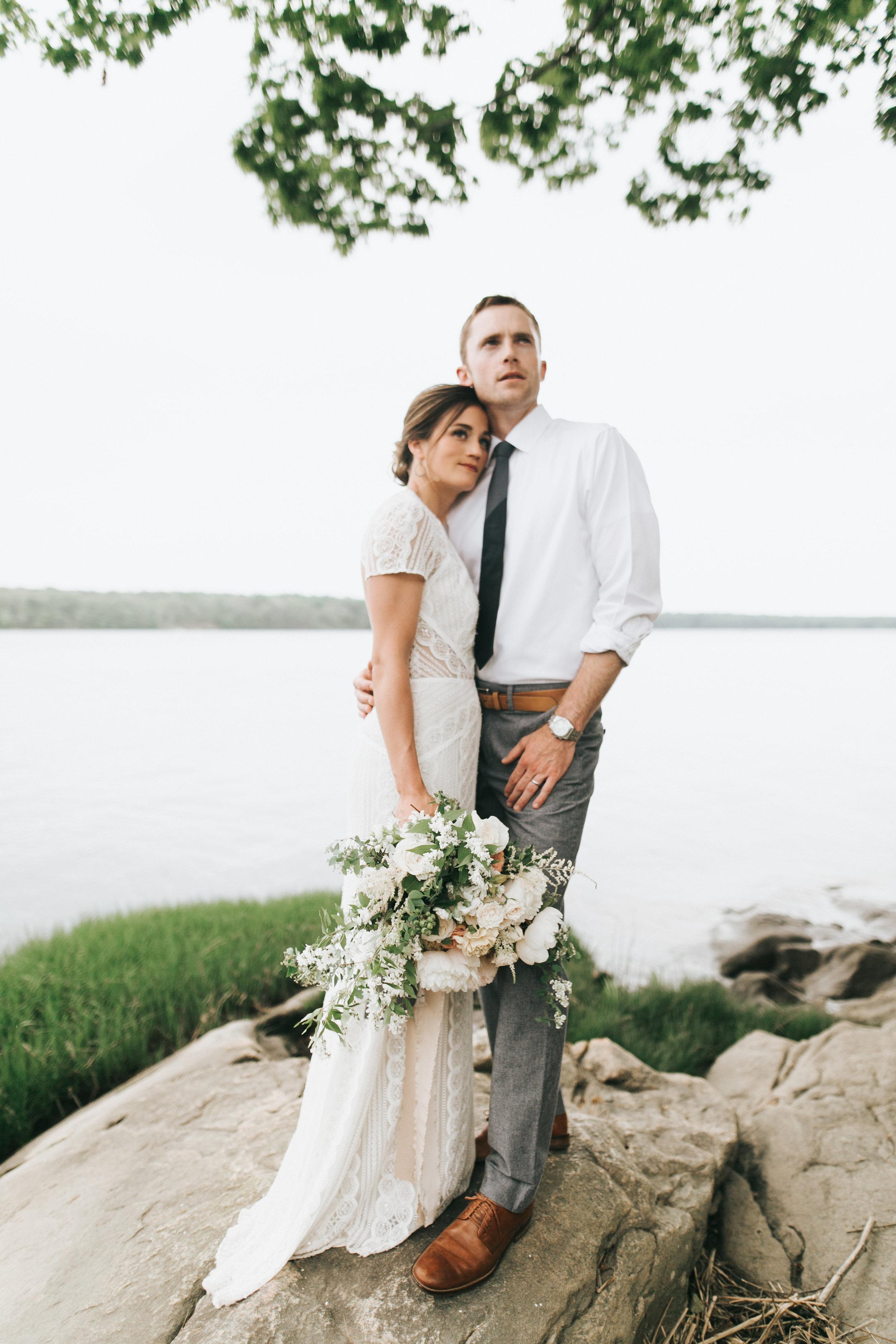 Watershed-Floral-Maine-Maritime-Wedding-Bridal-Bouquet-Centerpieces-0183.jpg