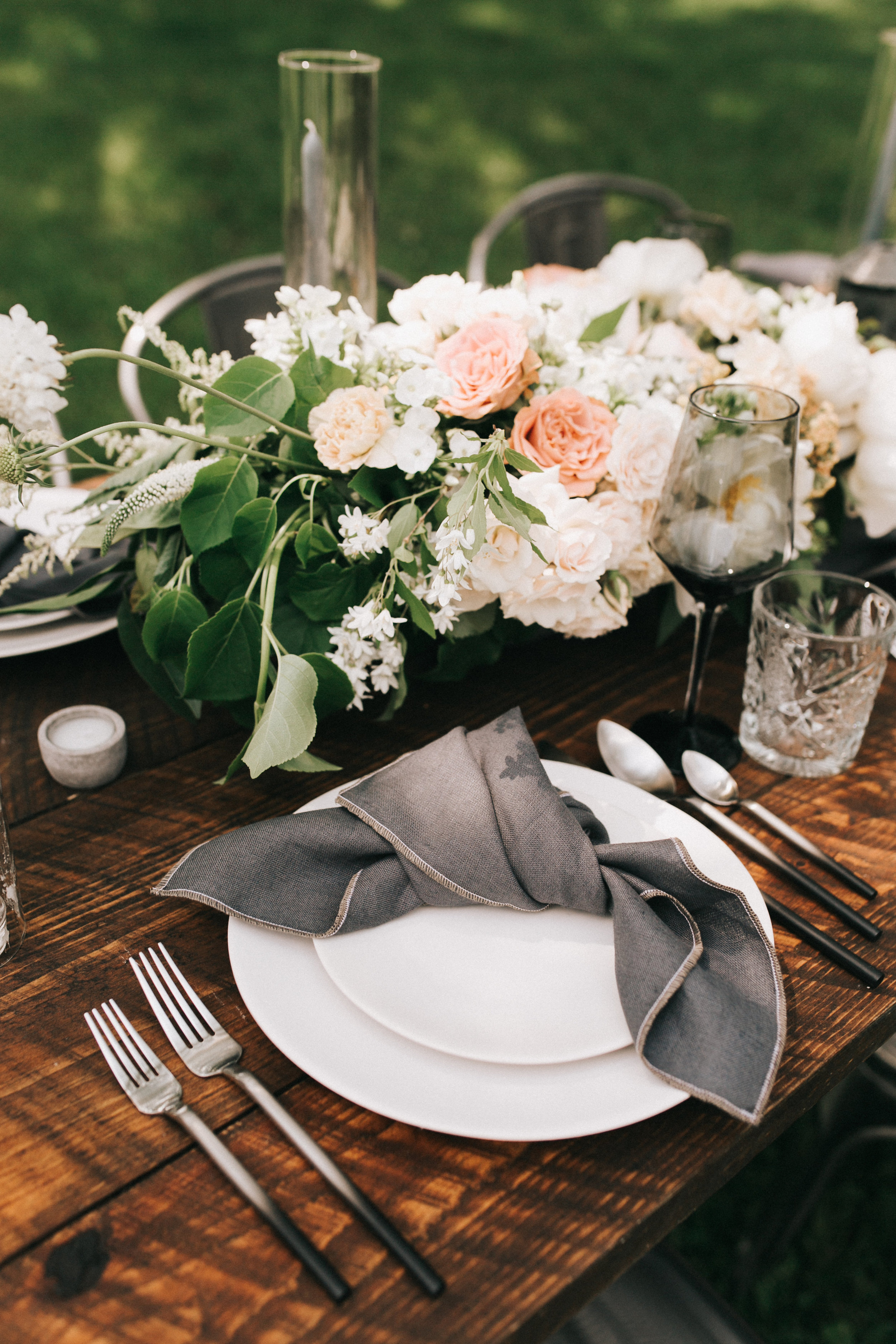 Watershed-Floral-Maine-Maritime-Wedding-Bridal-Bouquet-Centerpieces-0003.jpg