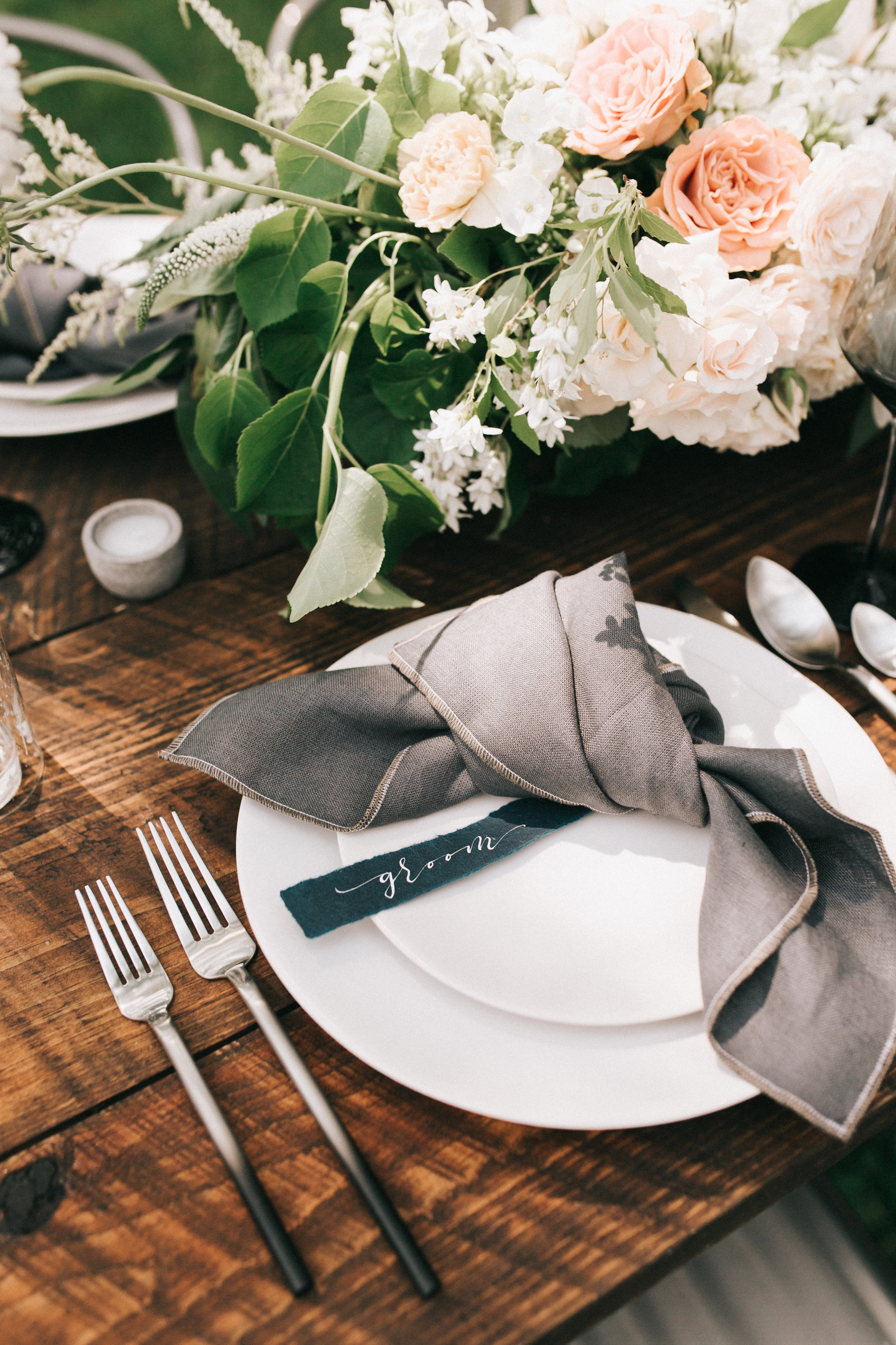 Watershed-Floral-Maine-Maritime-Wedding-Bridal-Bouquet-Centerpieces-0008.jpg