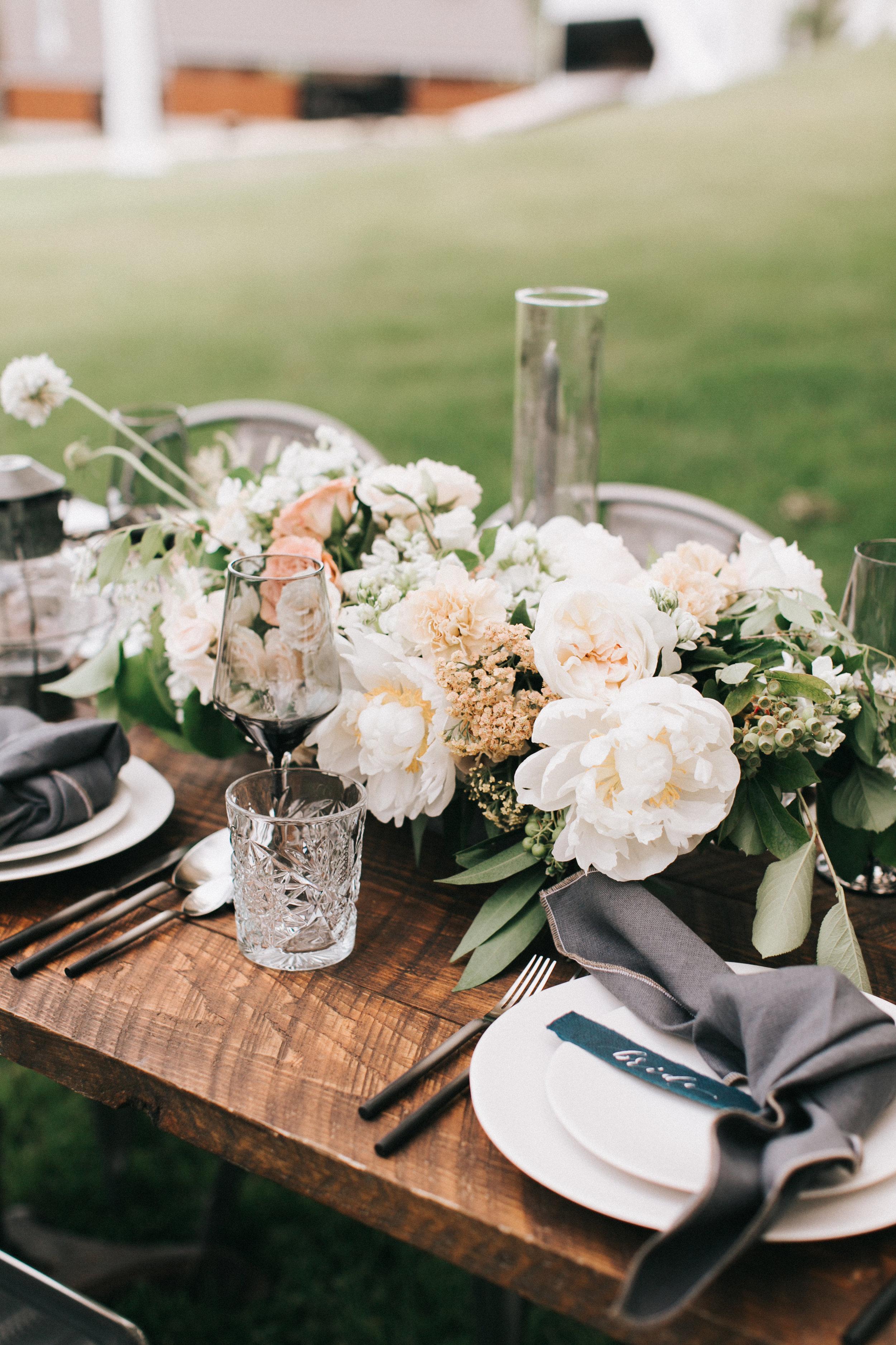 Watershed-Floral-Maine-Maritime-Wedding-Bridal-Bouquet-Centerpieces-0024.jpg