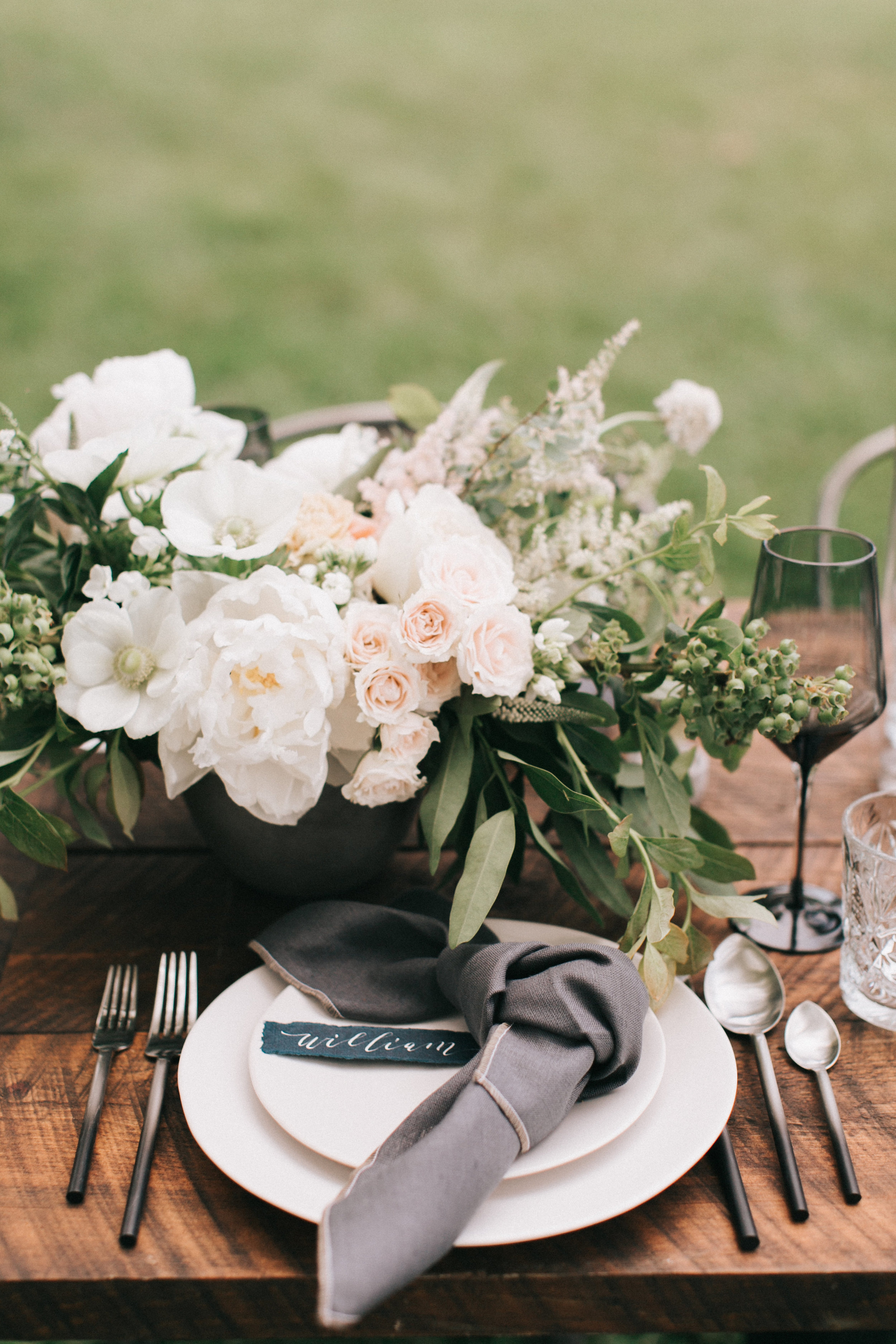 Watershed-Floral-Maine-Maritime-Wedding-Bridal-Bouquet-Centerpieces-0038.jpg