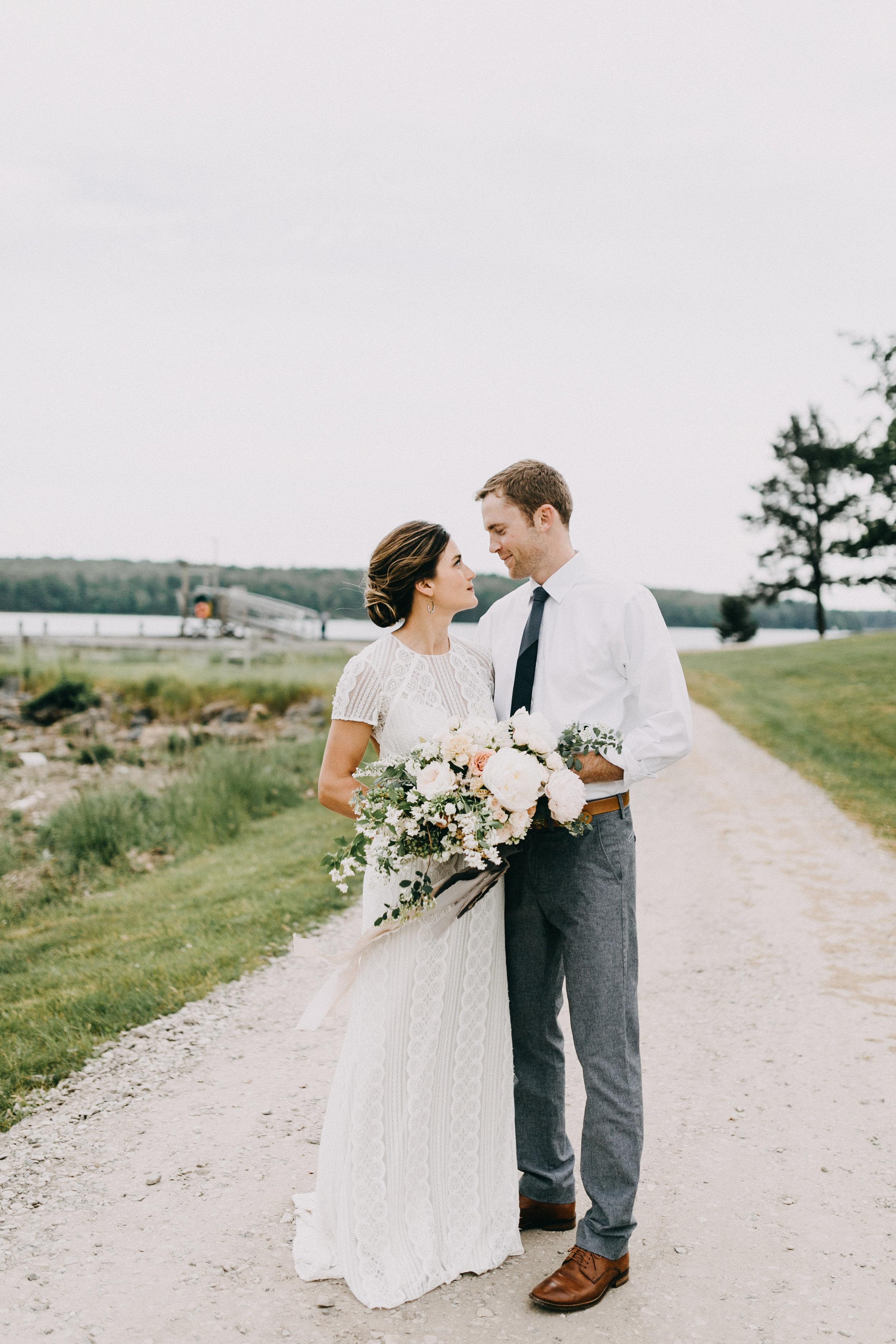 Watershed-Floral-Maine-Maritime-Wedding-Bridal-Bouquet-Centerpieces-0134.jpg
