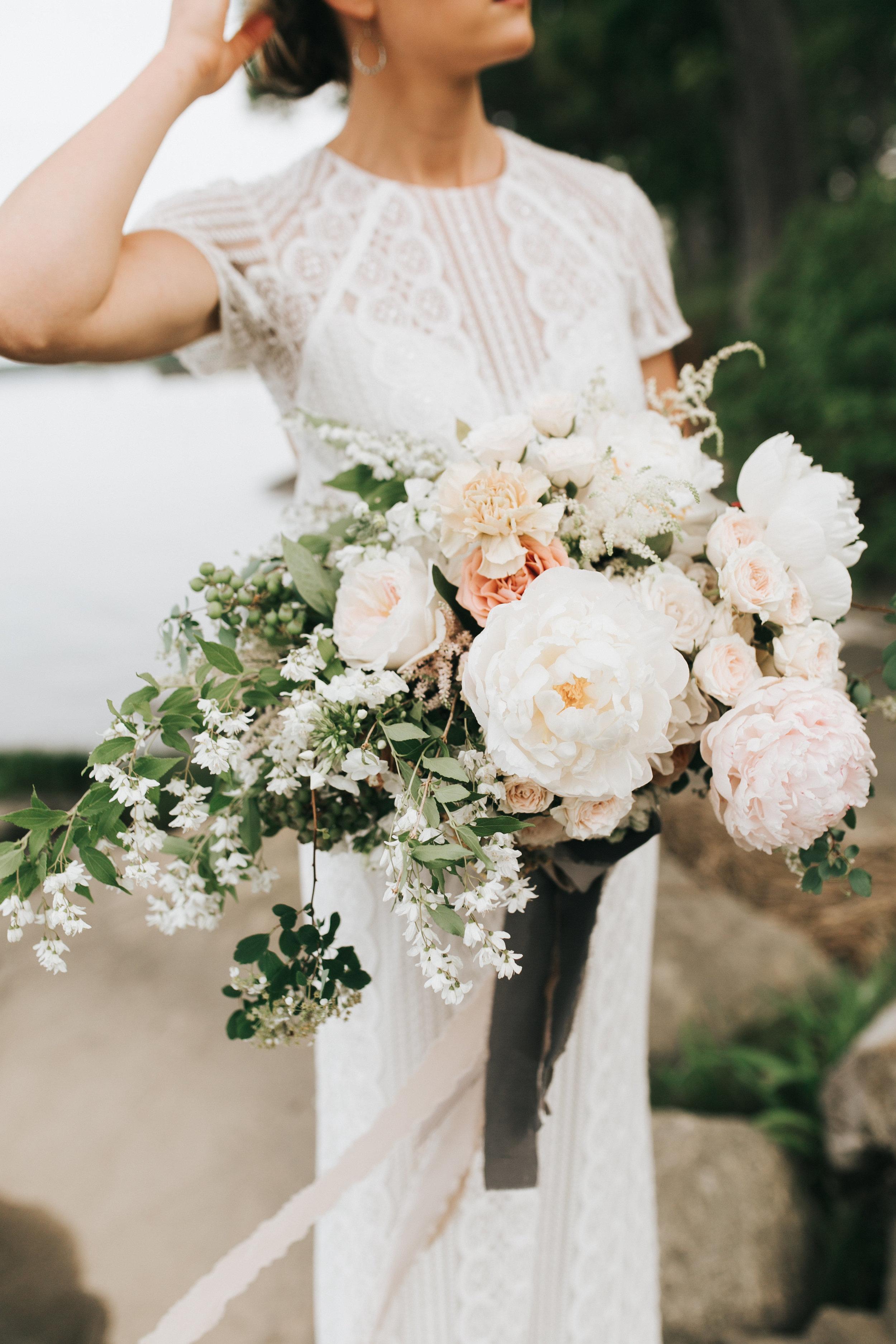 Watershed-Floral-Maine-Maritime-Wedding-Bridal-Bouquet-Centerpieces-0187.jpg