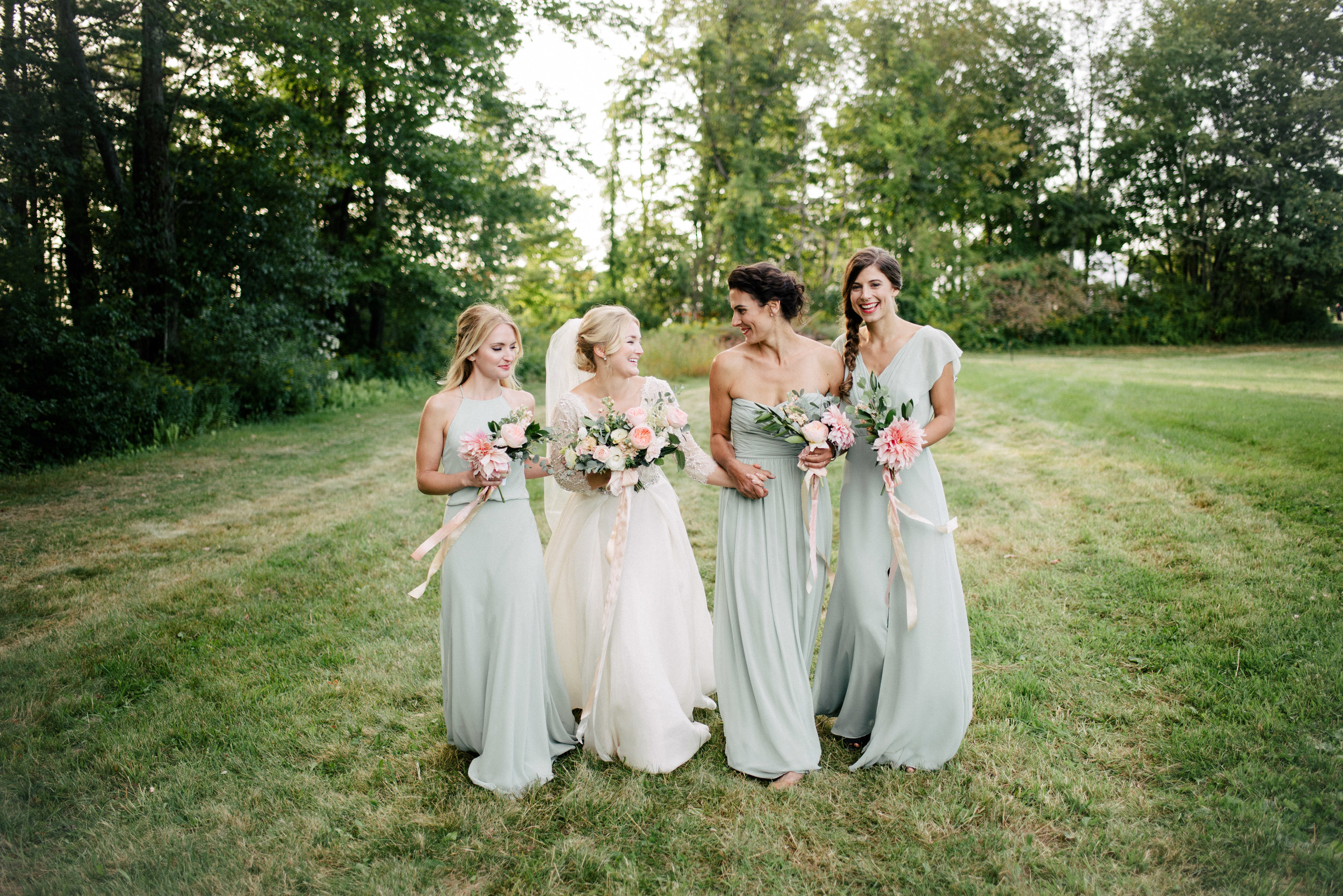 Watershed-Floral-Rest-&-Be-Thankful-Farm-Maine-Wedding_59-5.jpg