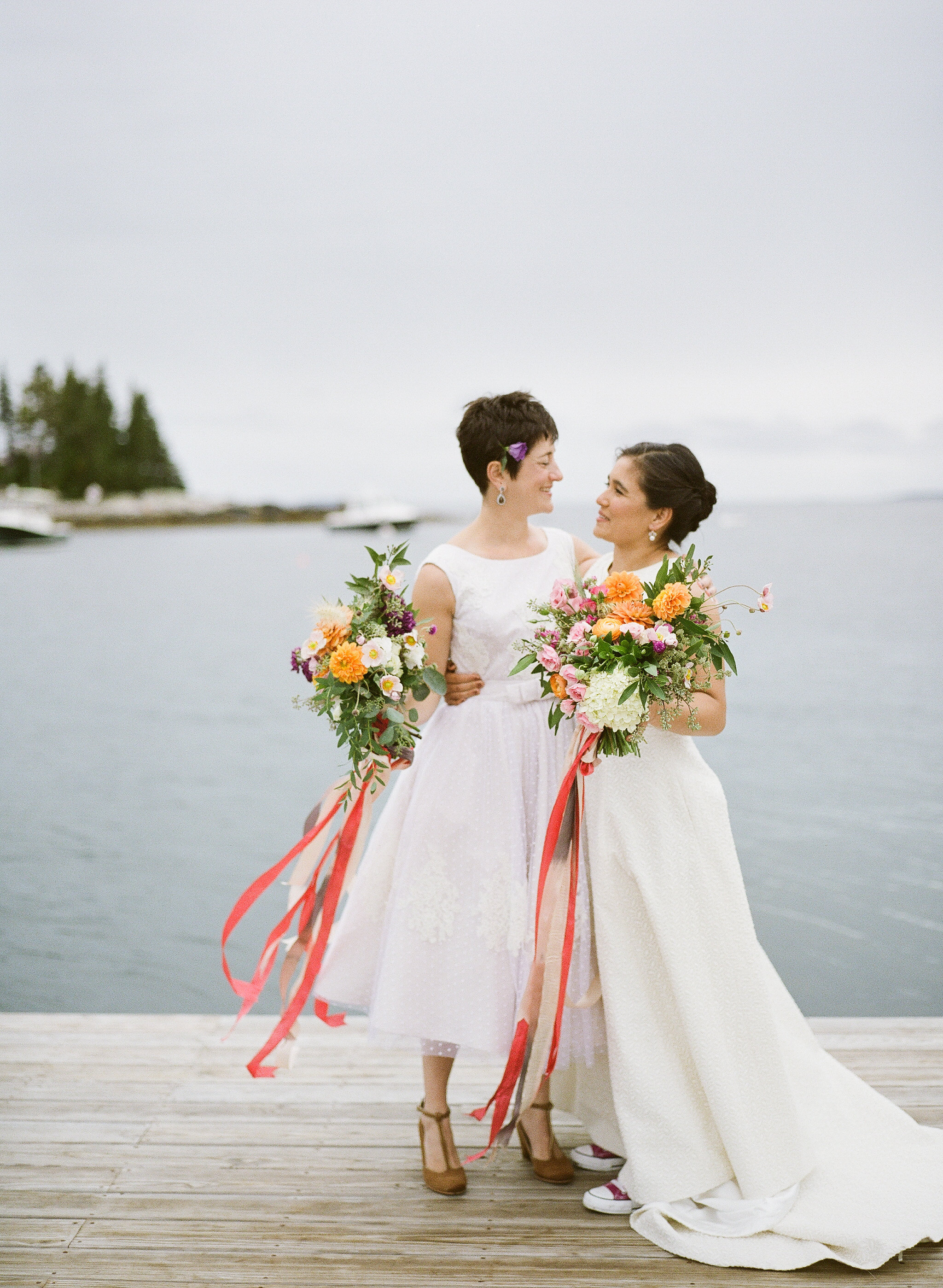 Watershed_Floral_Newagen_Southport_Maine_Coastal_Wedding_178.jpg