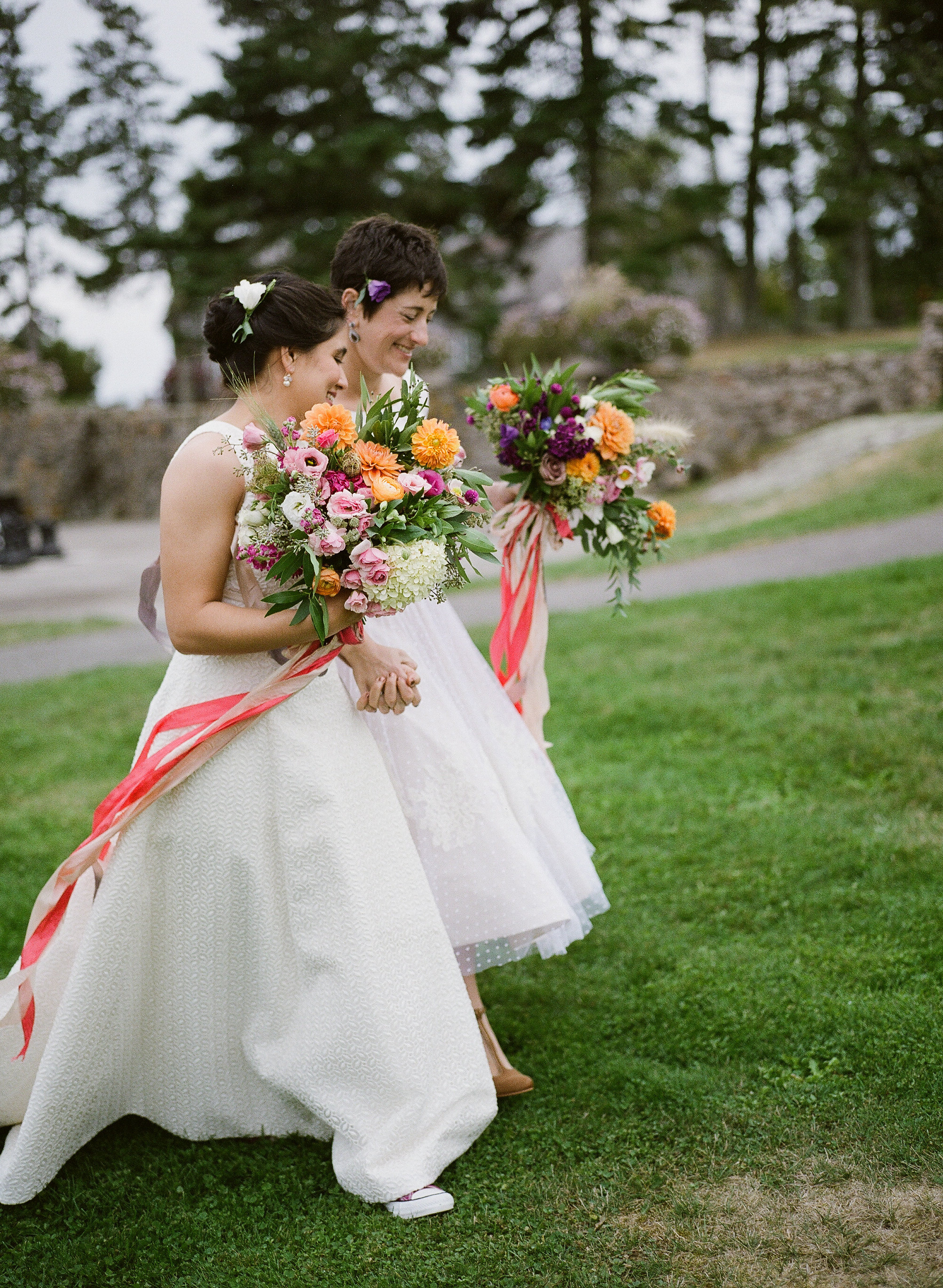 Watershed_Floral_Newagen_Southport_Maine_Coastal_Wedding_369.jpg