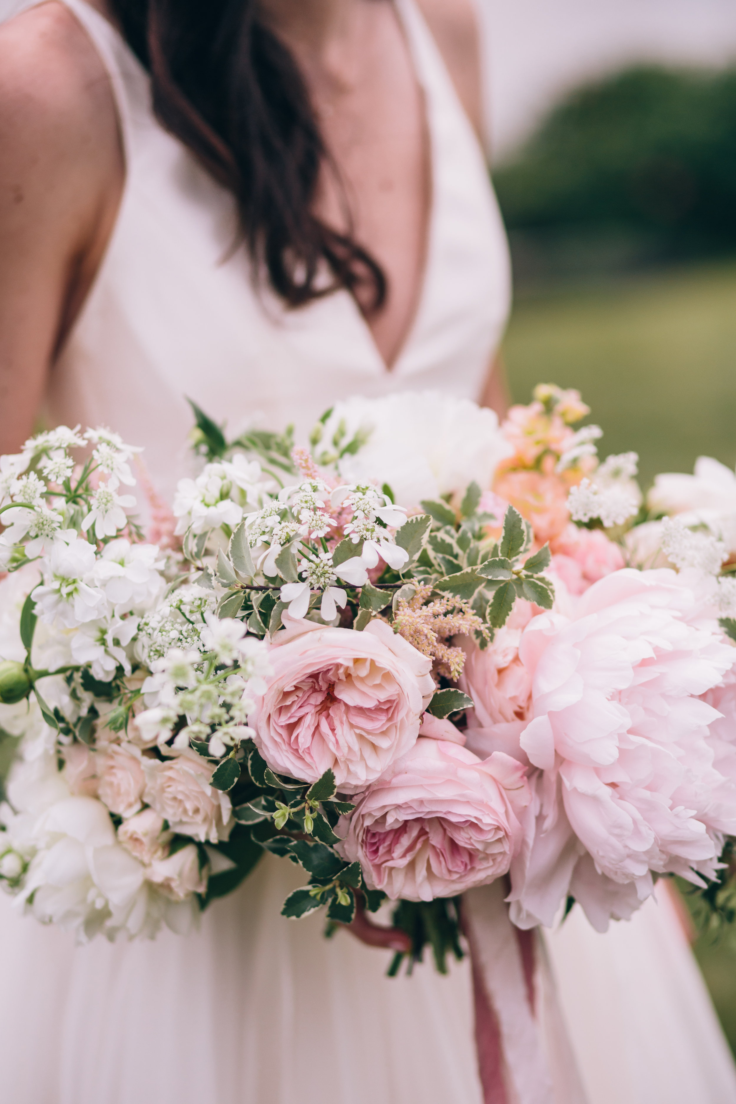 Watershed_Floral_Maine_Summer_Wedding_0695.jpg
