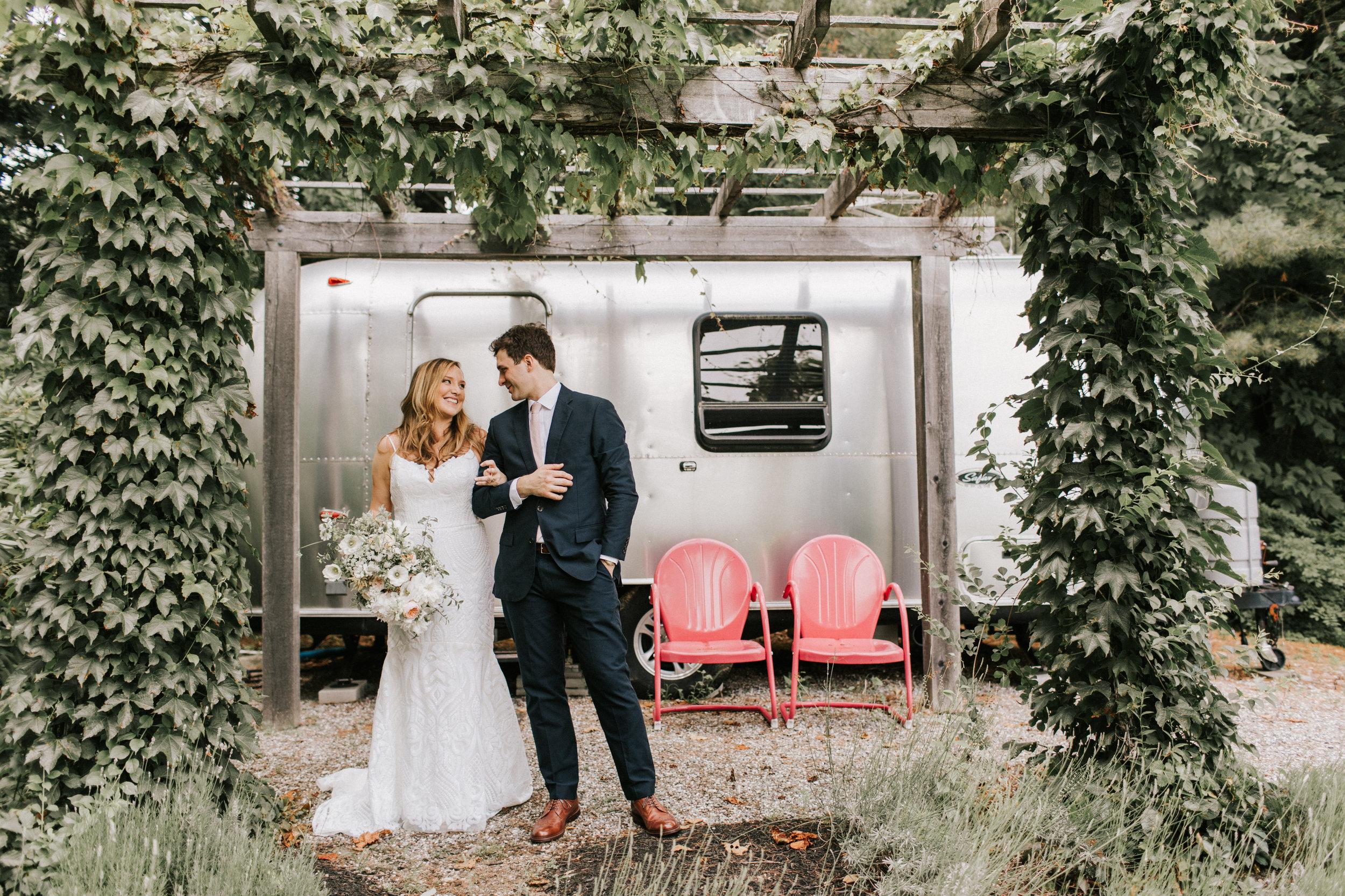 Watershed_Floral_Marianmade_Farm_Wedding_JamieMercurioPhoto2018-99.jpg