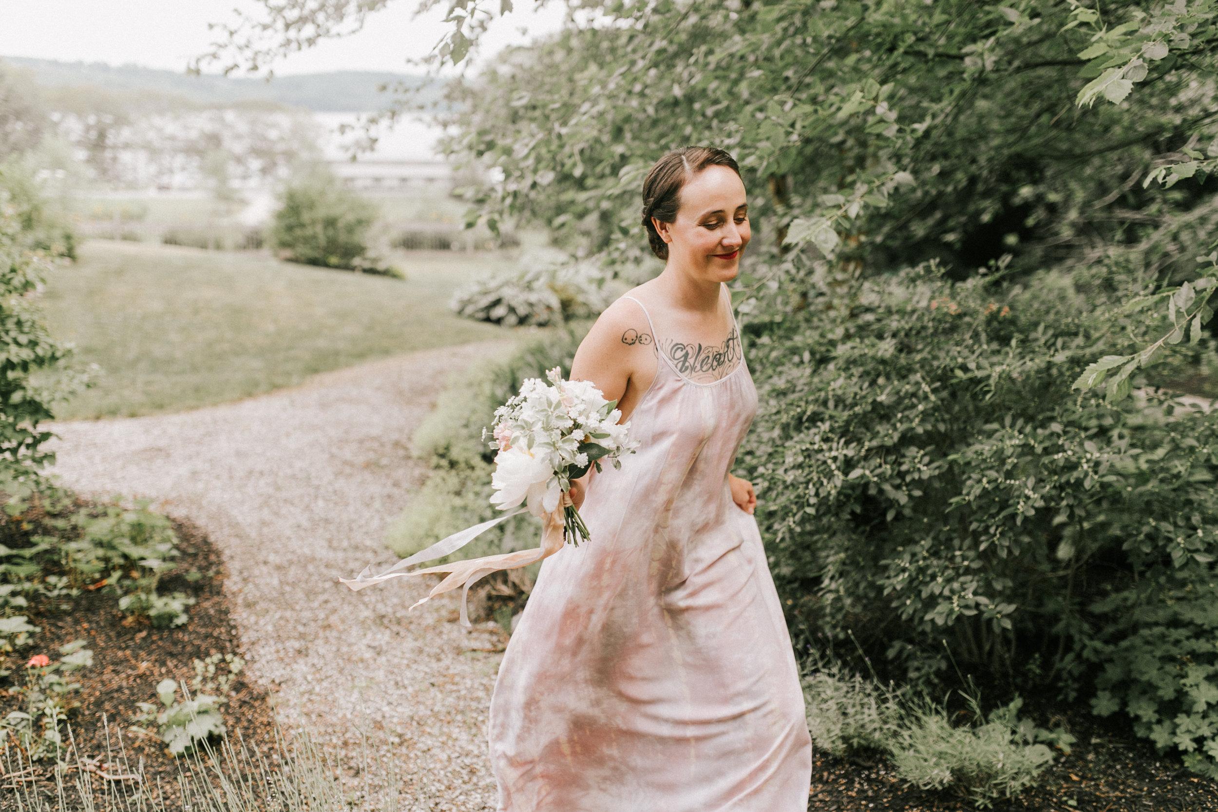 Watershed_Floral_Marianmade_Farm_Wedding_JamieMercurioPhoto2018-107.jpg
