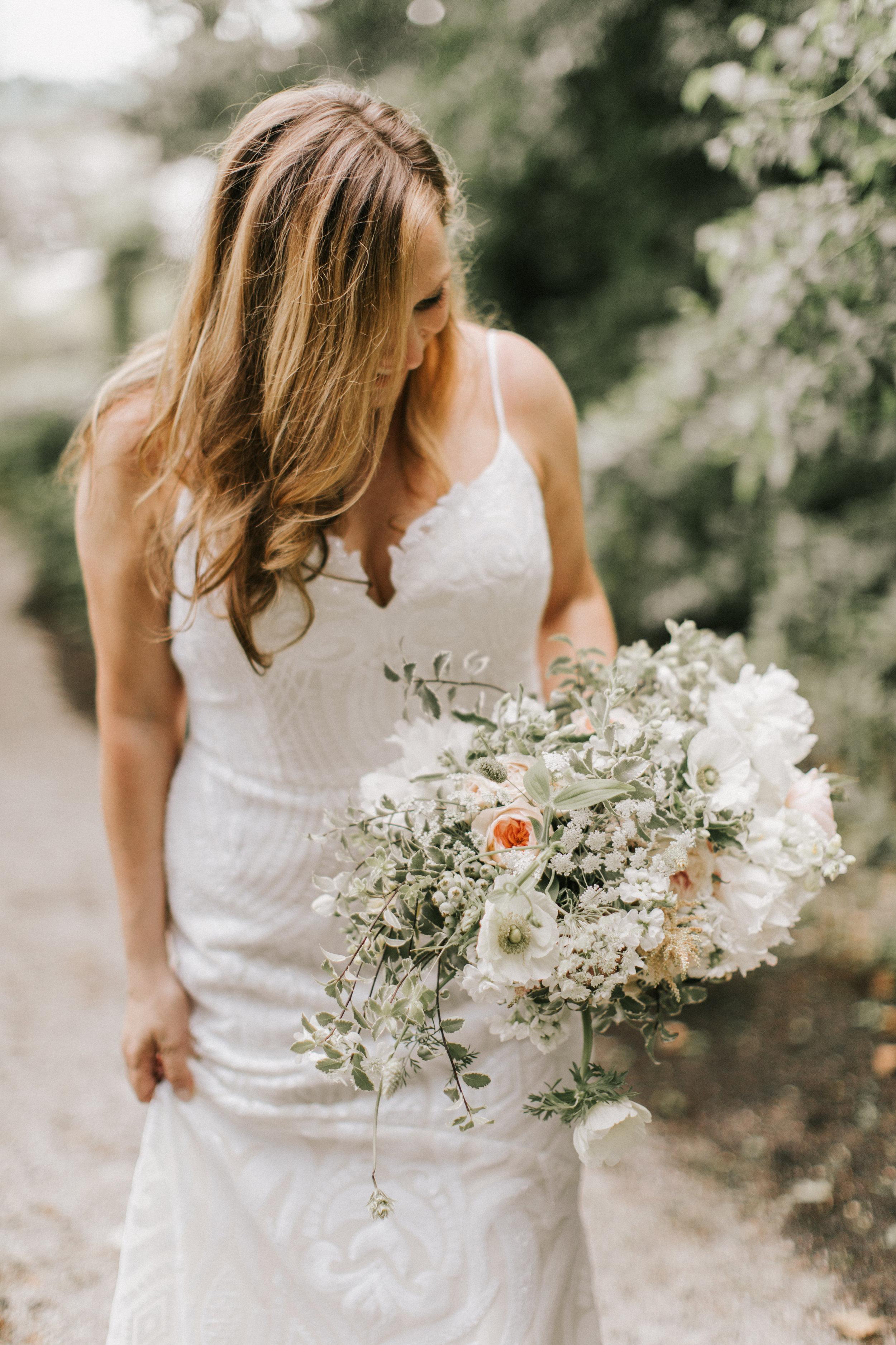 Watershed_Floral_Marianmade_Farm_Wedding_JamieMercurioPhoto2018-131.jpg