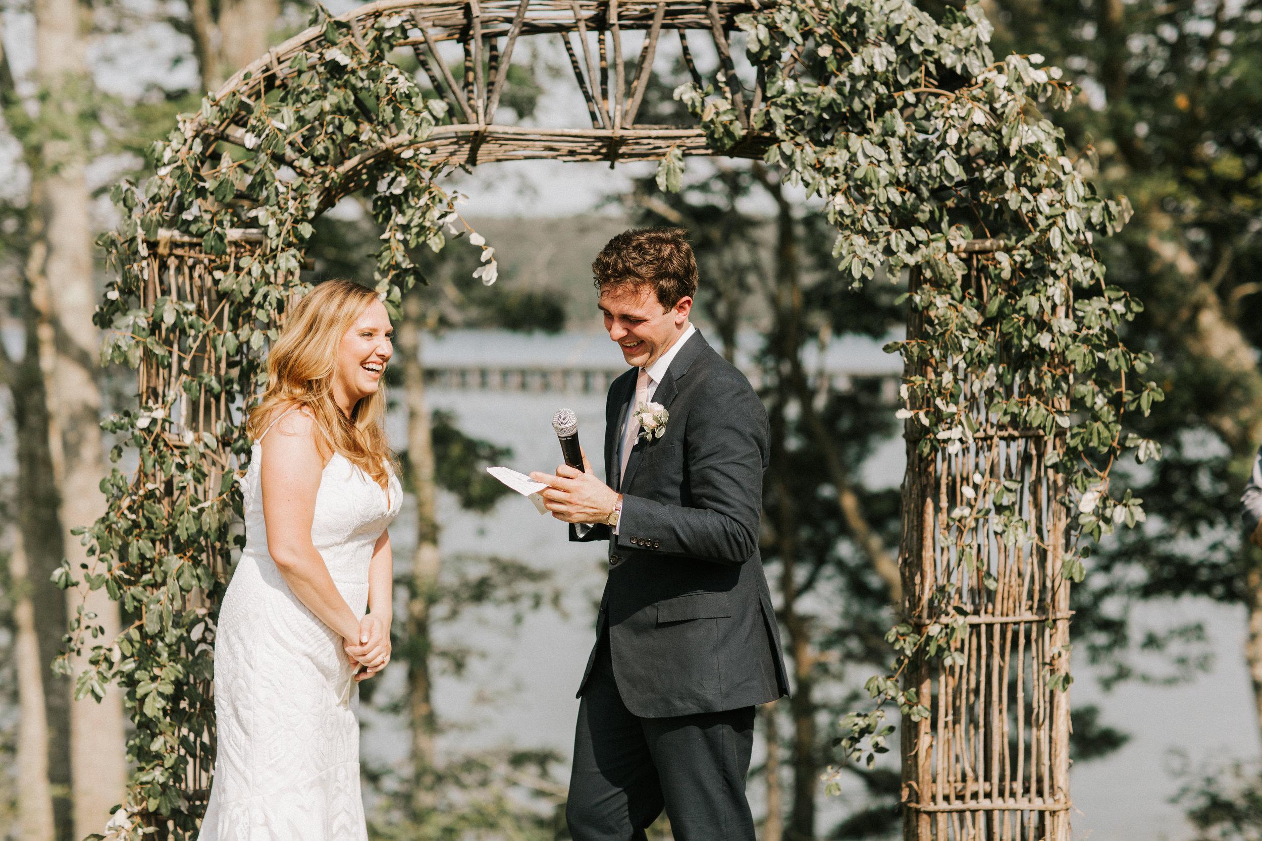 Watershed_Floral_Marianmade_Farm_Wedding_JamieMercurioPhoto2018-300.jpg