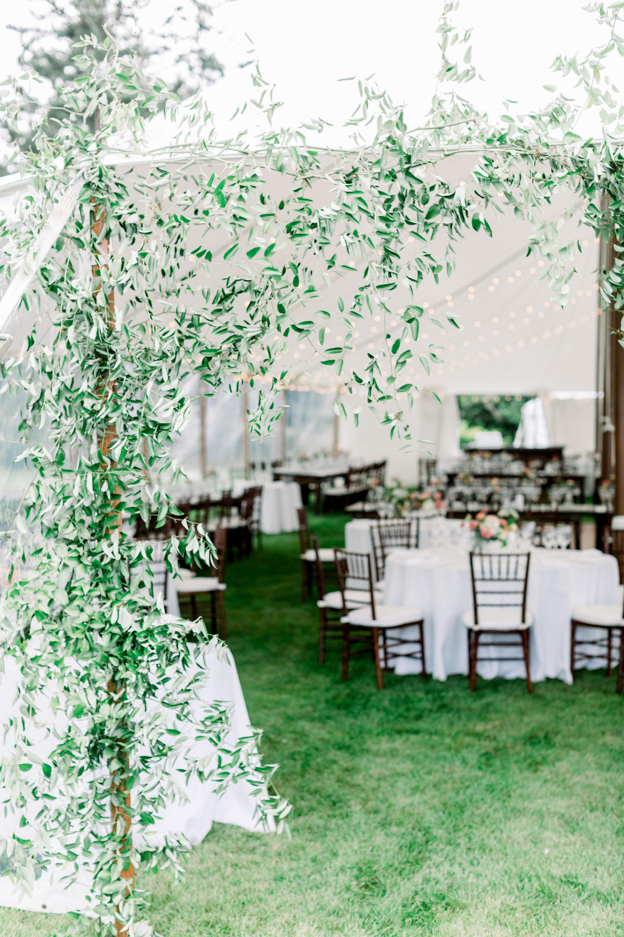 Watershed_Floral_Newagen_Wedding_Maine_5939.jpg