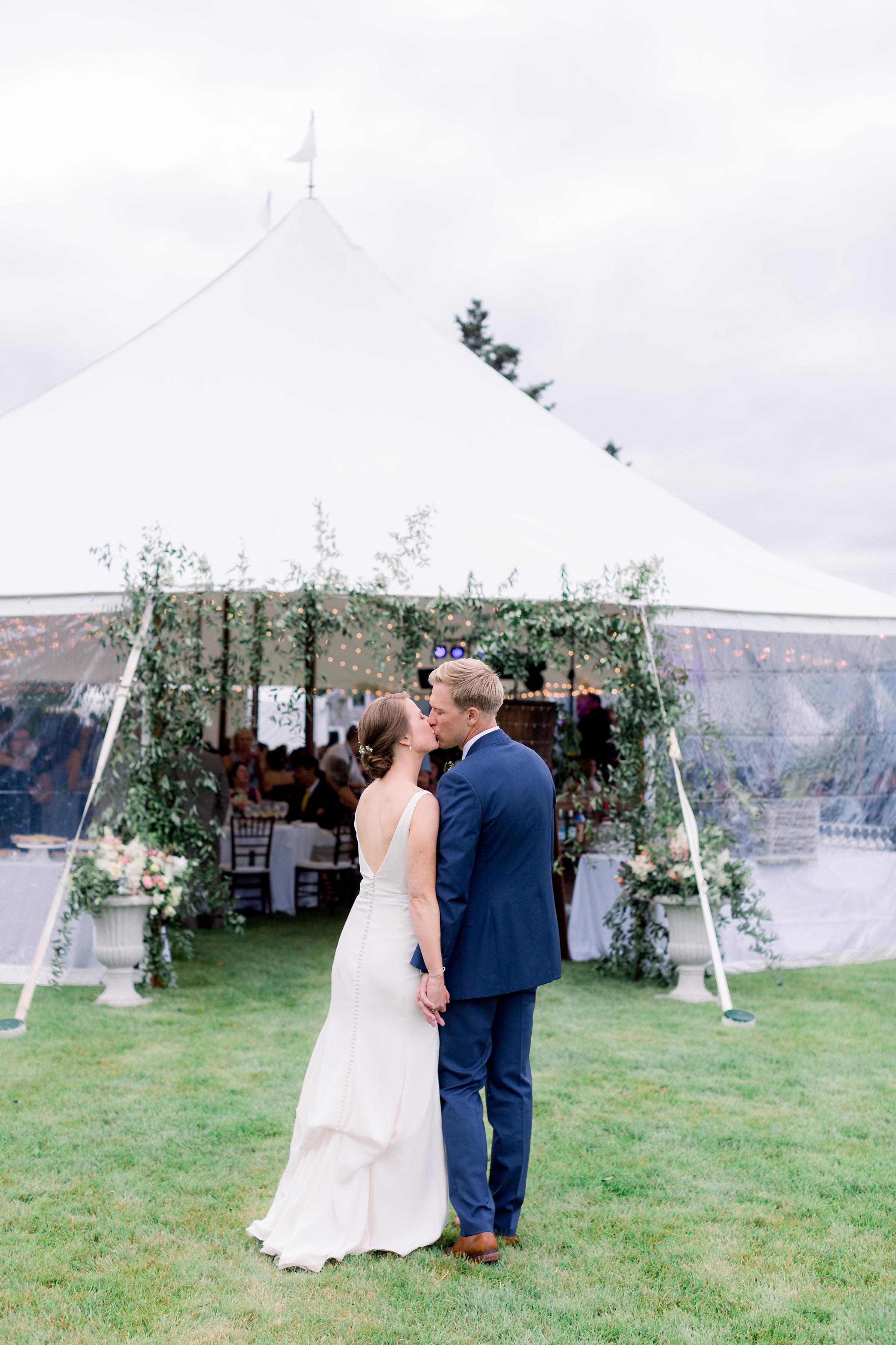 Watershed_Floral_Newagen_Wedding_Maine_6466.jpg