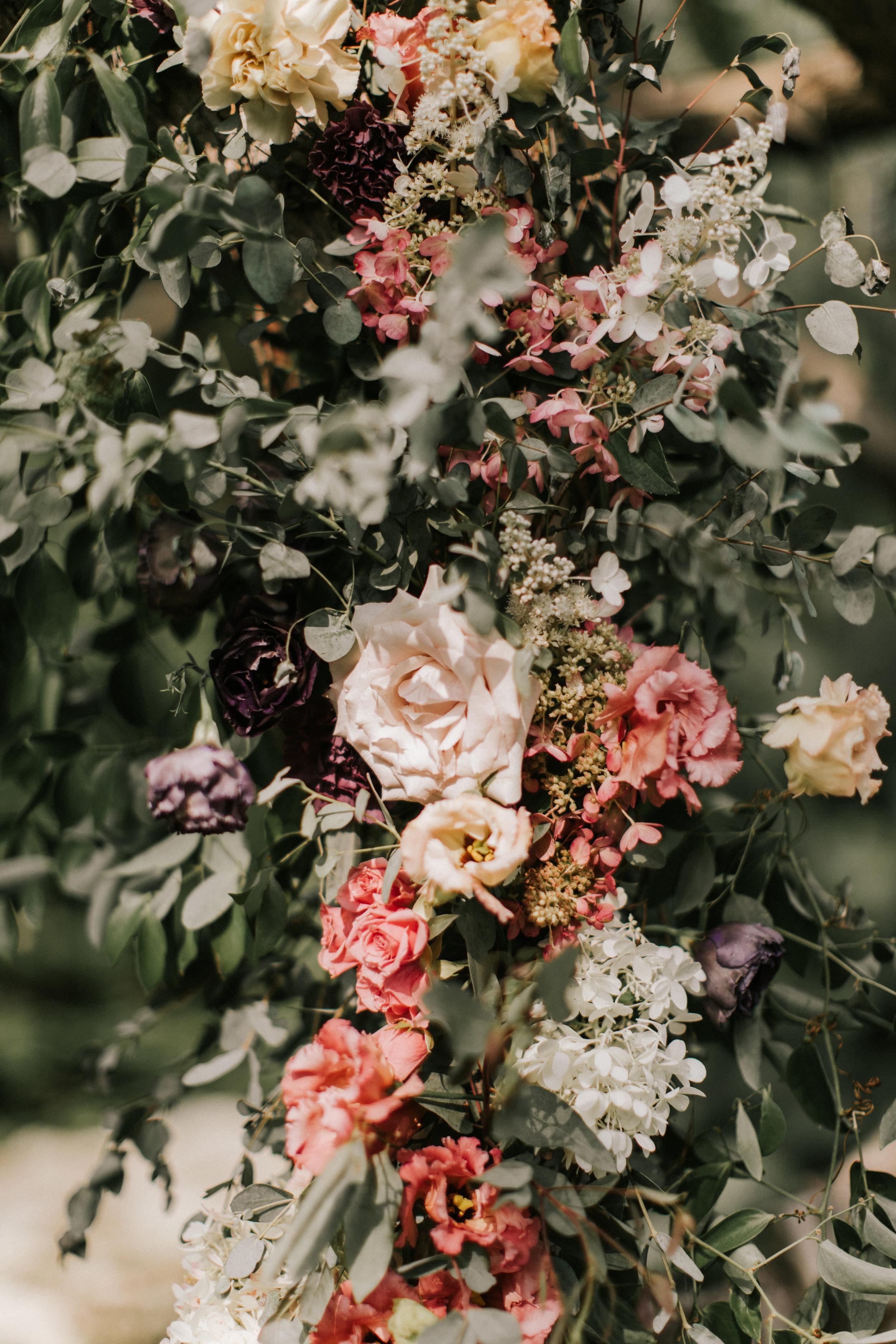 Watershed_Floral_Hidden_Pond_Melia+Kyle_jamiemercuriophoto2018-0168.jpg