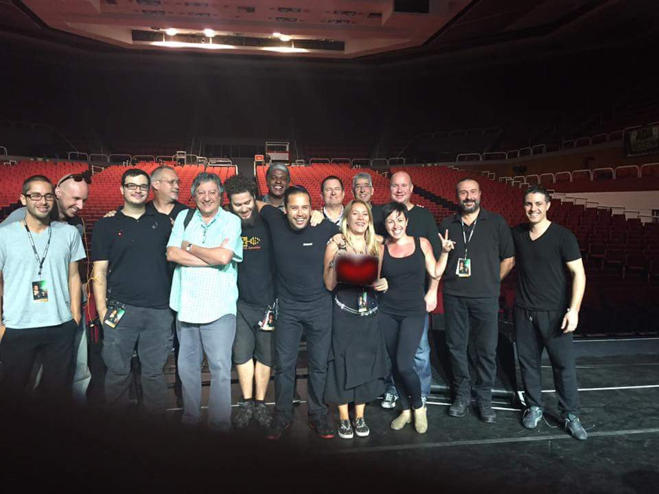 The band and crew of the Julio Iglesias Mexico Tour 2015