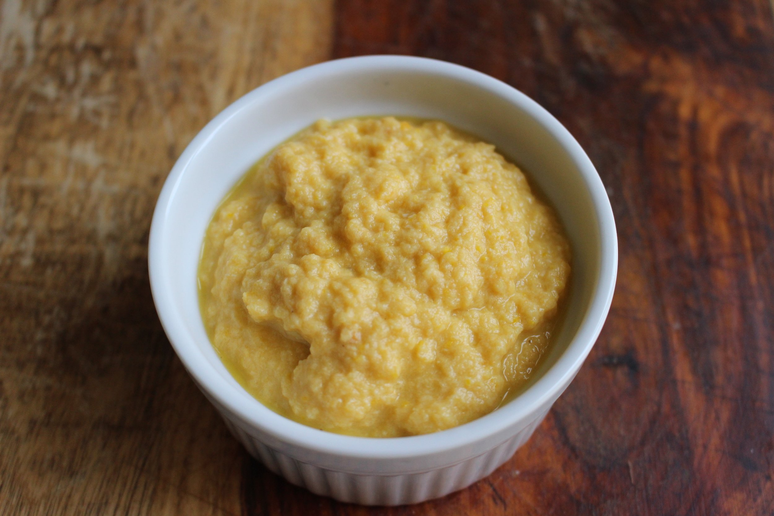 Squash, chicken, and apricot puree   Me & The Moose. A nice blend of fruit and veggies lend a mellow sweetness to this protein packed puree. #meandthemoose #babyfood #puree #protein
