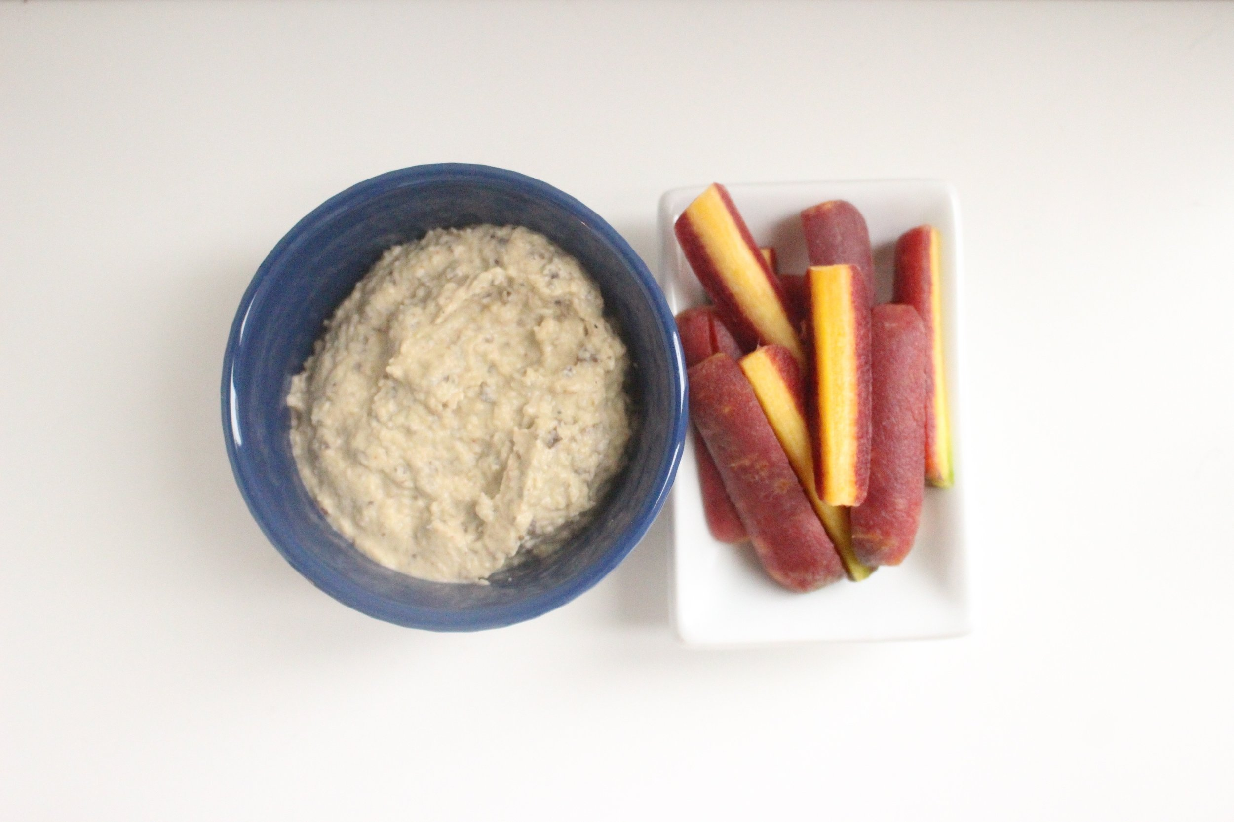 Babaganoush | Me & The Moose. What's better than a dip that's mostly veggies? #meandthemoose #whole30 #whole30recipes #babaganoush #snacks #snackrecipes #diprecipes