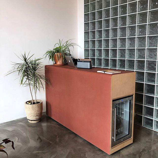 Rubber-laminated reception desk for @goodmoveny dance studio! #youngbukfabrications #furniture #rubber