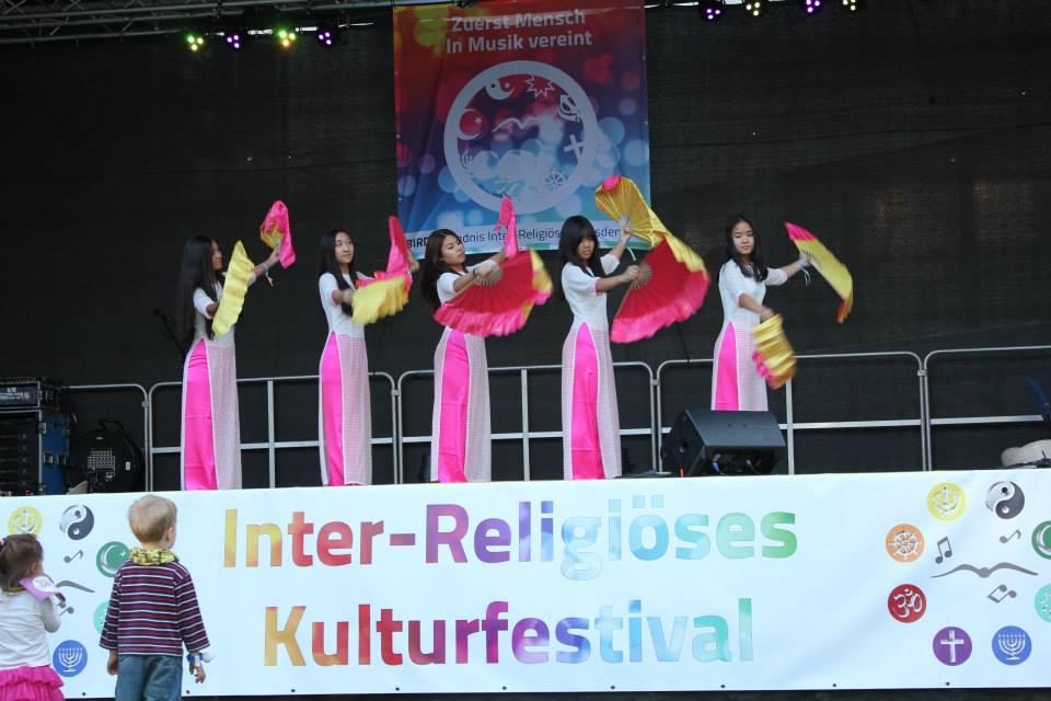 Festival31.jpg
