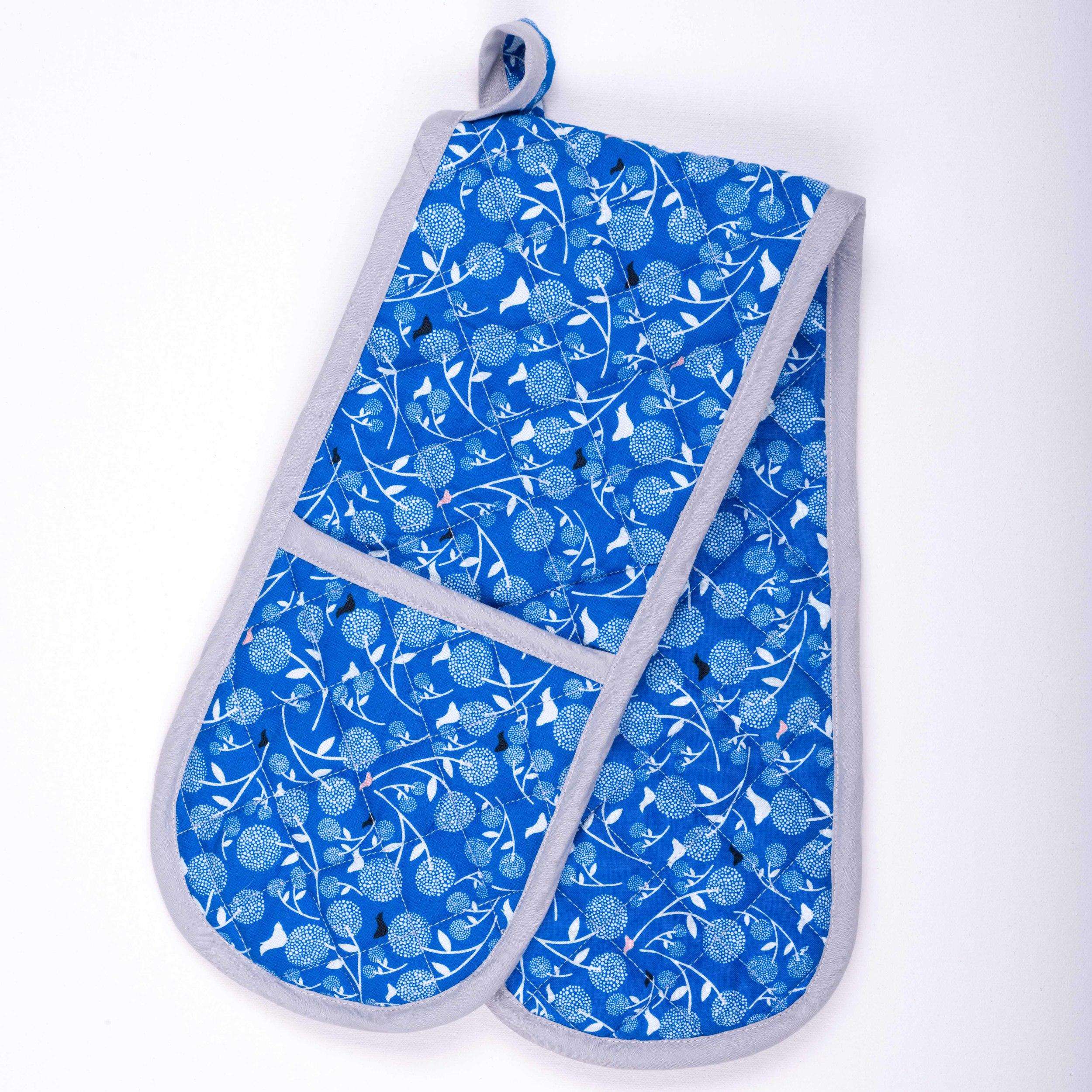 Skoo KidsKitchen Blue Floral Print Oven Gloves