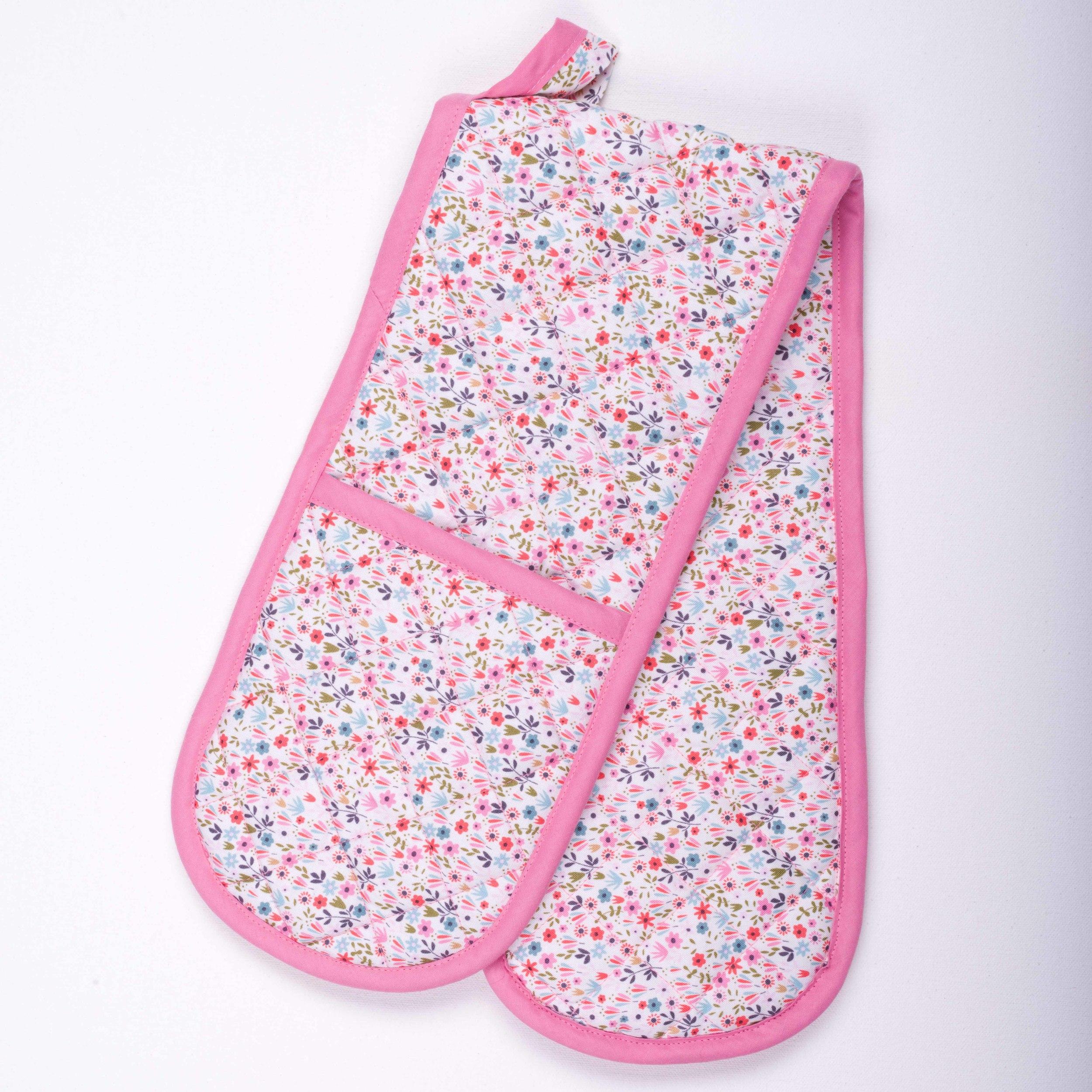 Skoo KidsKitchen Pink Floral Print Oven Gloves