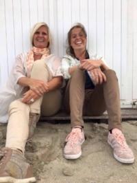De ouders in het Happy Family-traject worden begeleid door Gerlinde ( Open Heart Training ) en de kinderen worden begeleid door haar dochter Lore ( Feel-it! )