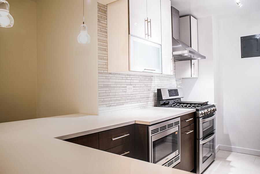 Kitchen2101.jpg