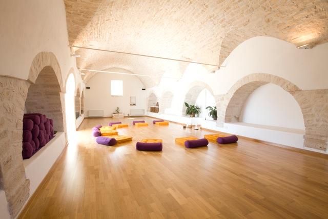Yoga room 2.jpeg