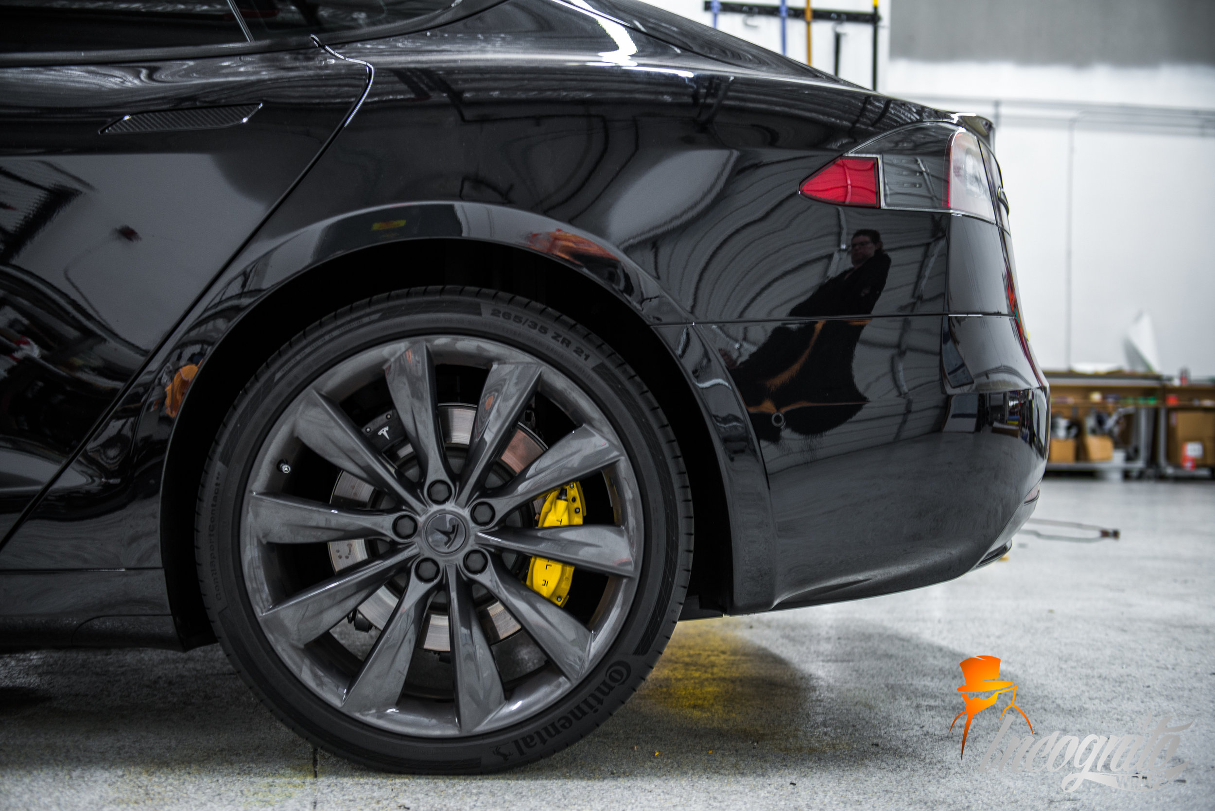 Tesla Model S - Full Chrome Delete and Yellow Caliper Wraps