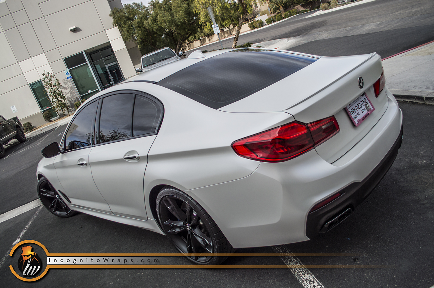 BMW M550 Satin Pearl White
